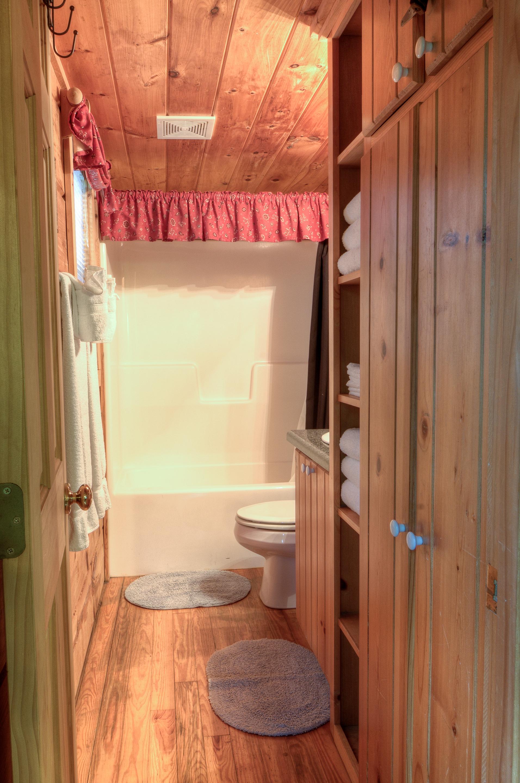 1024-Arbor Cabins at Lake Lure.jpg