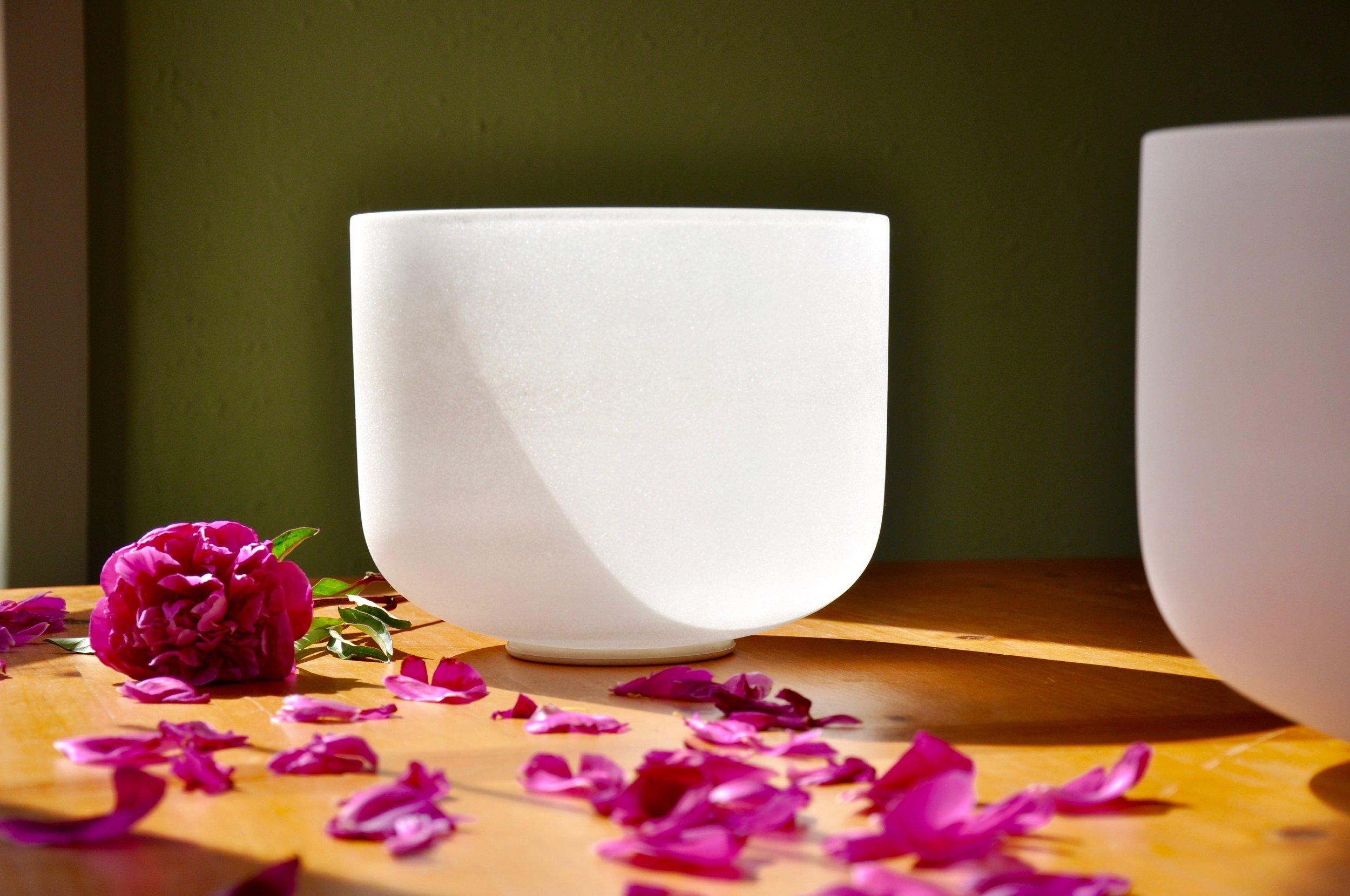 Crystal Bowl w Flower .jpg