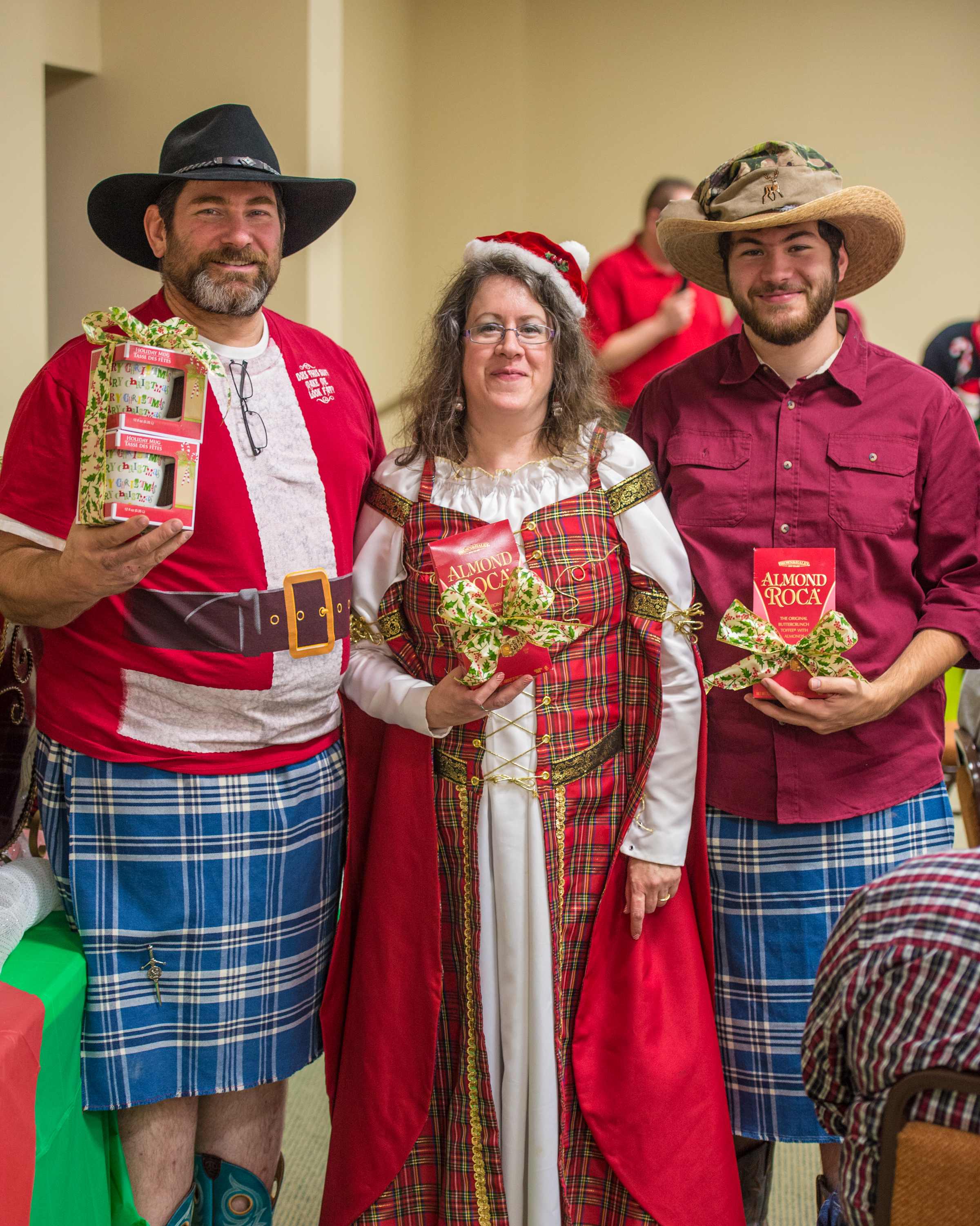 Holiday Party 2014-37.jpg