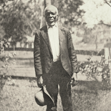 Photograph of Kazoola [Cudjo] Lewis by Emma Langdon Roche, included in her book  Historic Sketches of the South  (1914).