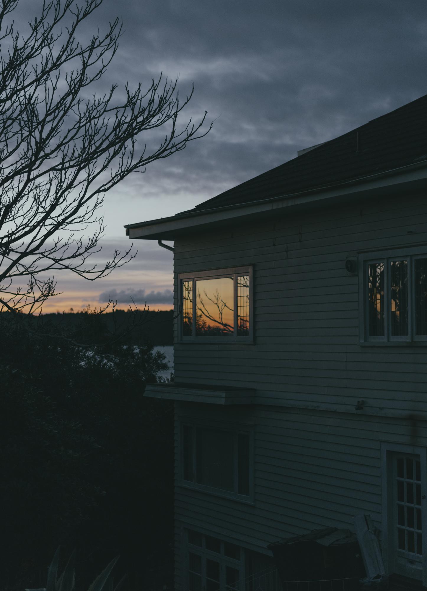 gold window3.jpg