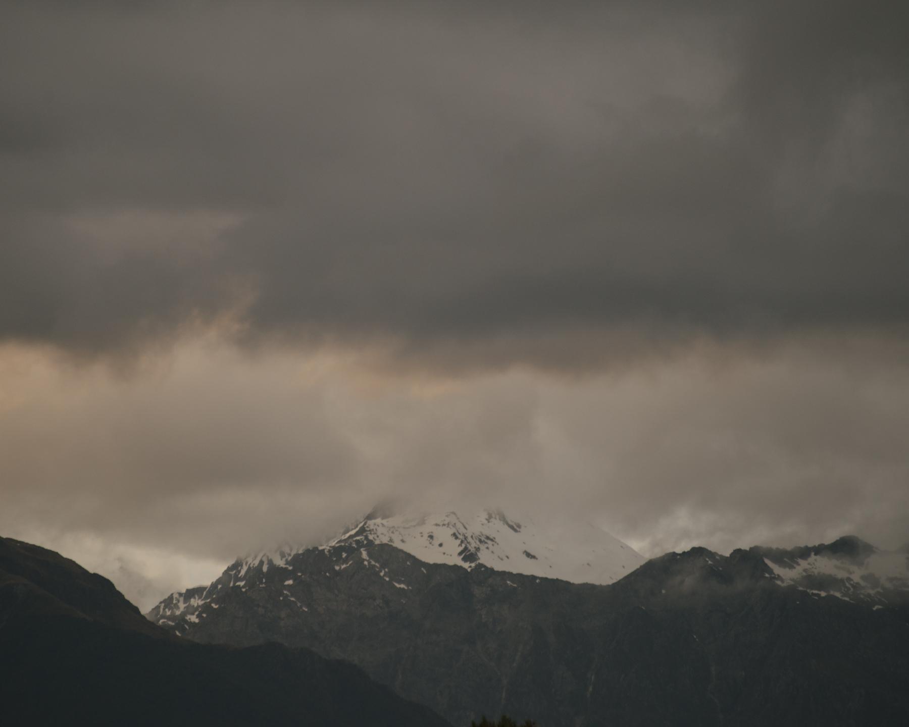 Awarua mountains2.jpg