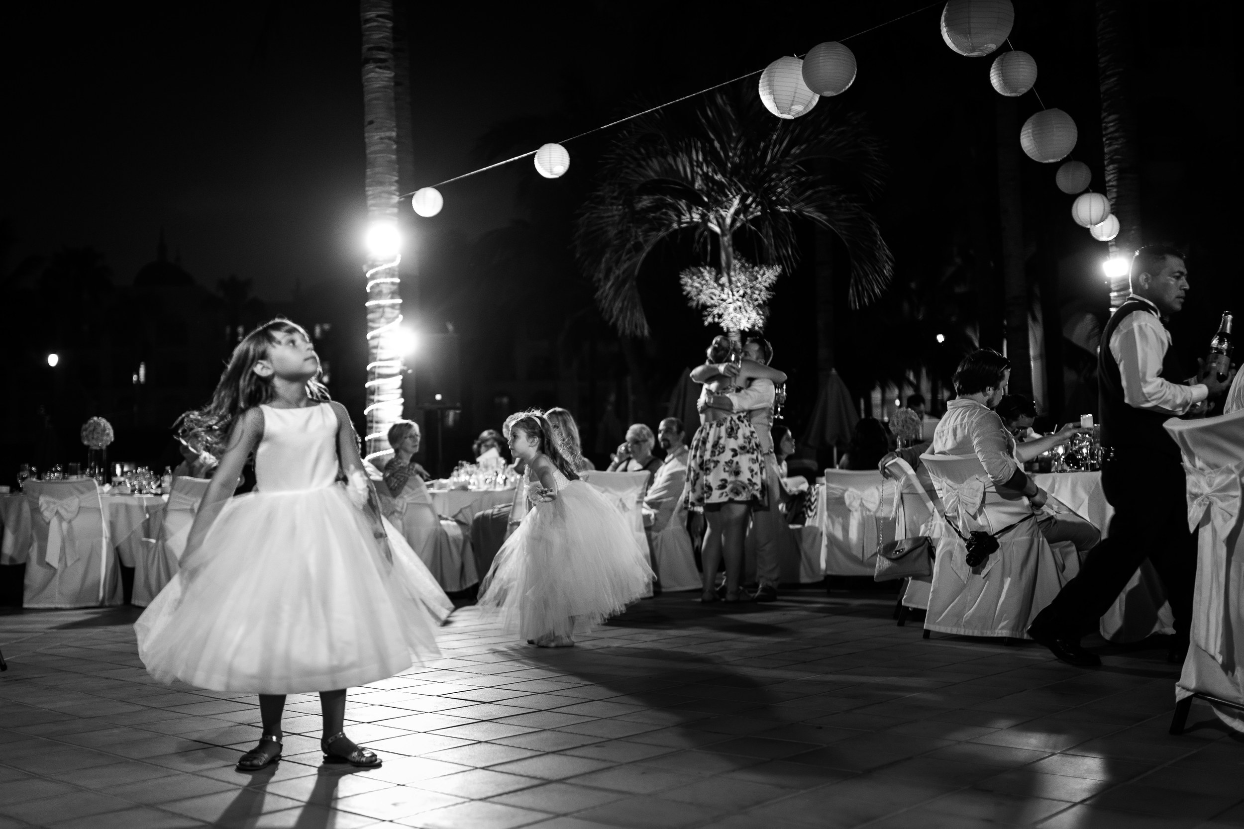 best-wedding-photographers-in-los-cabos