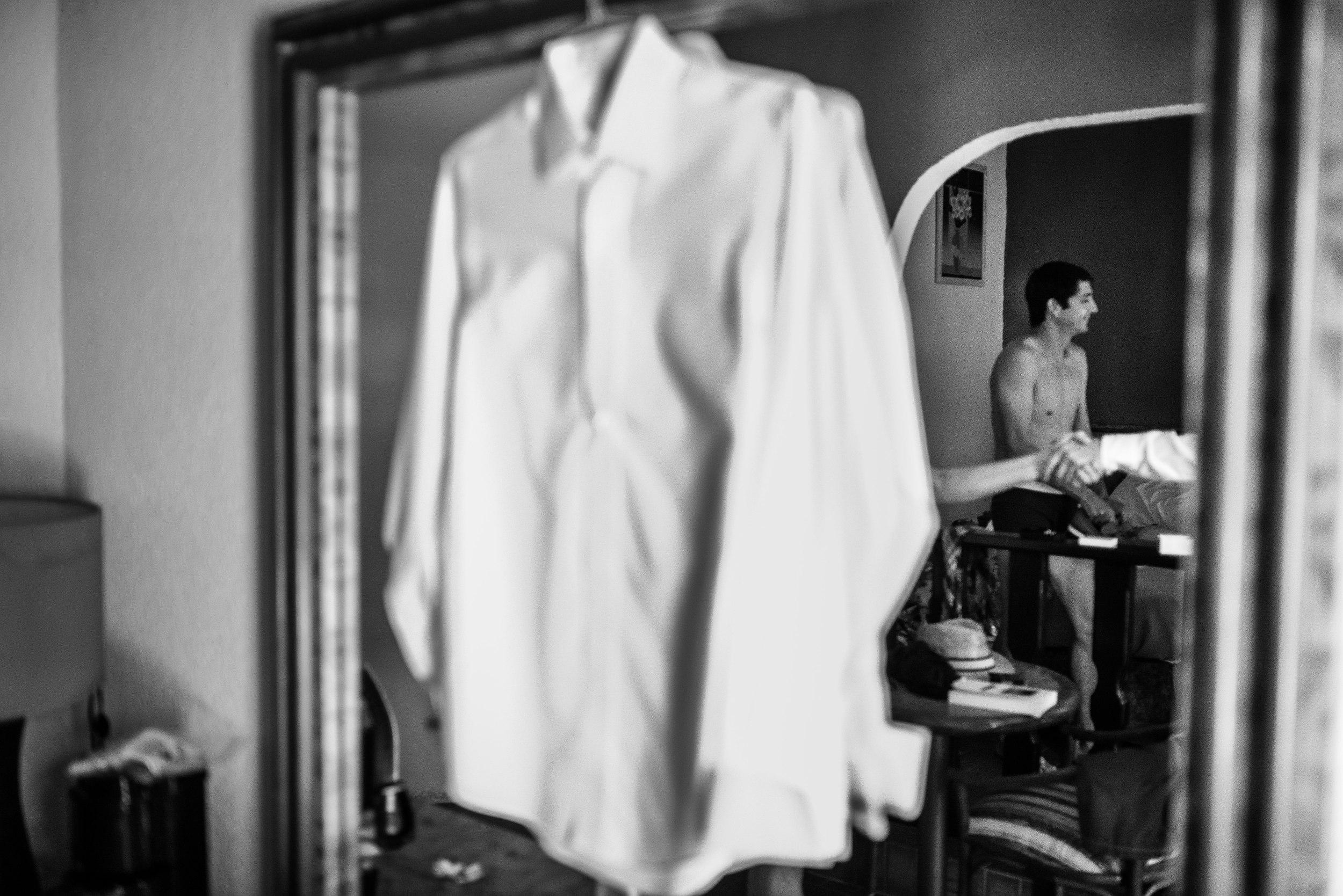 getting-ready-groom