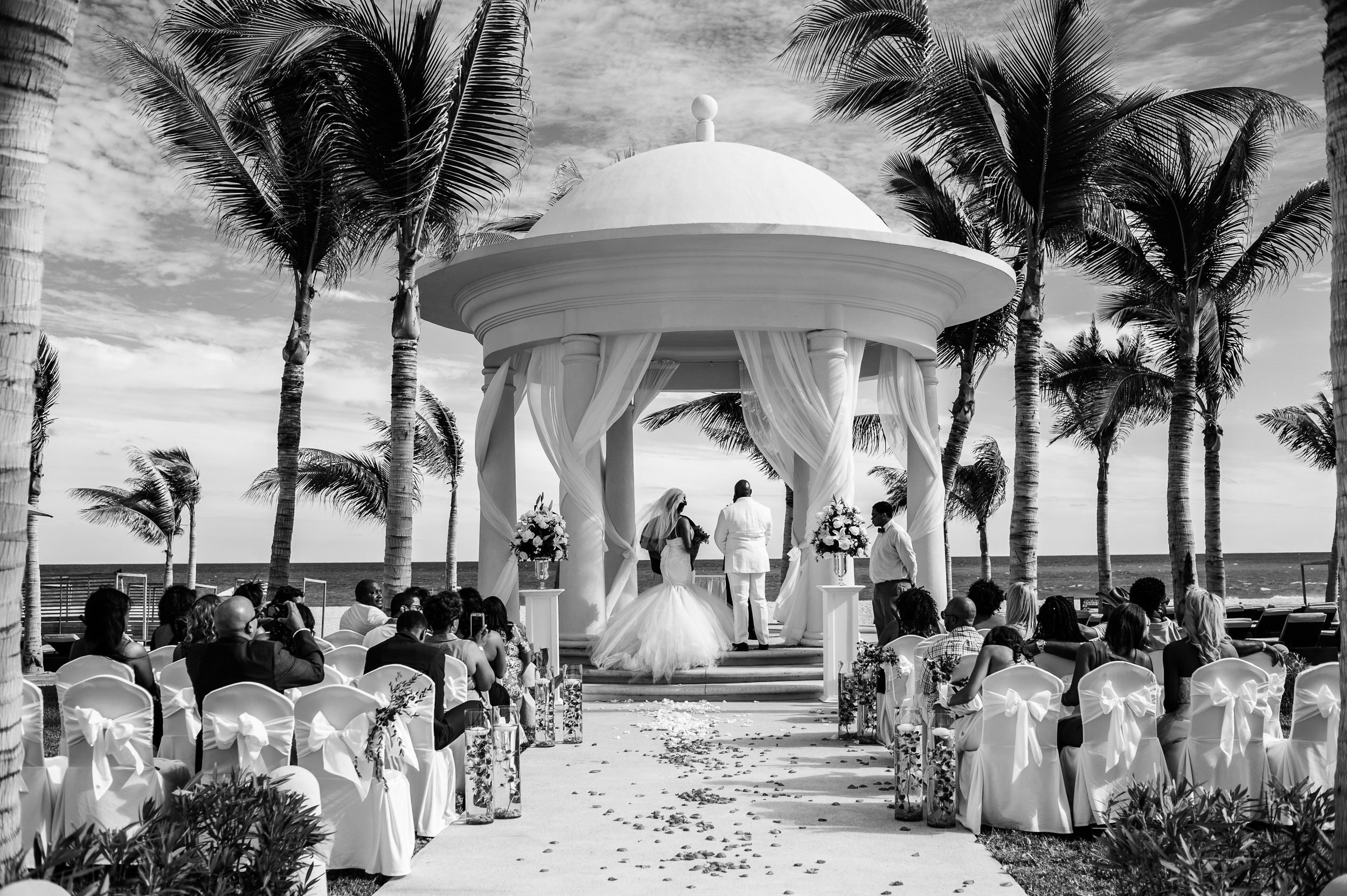 Our wedding day-164.JPG