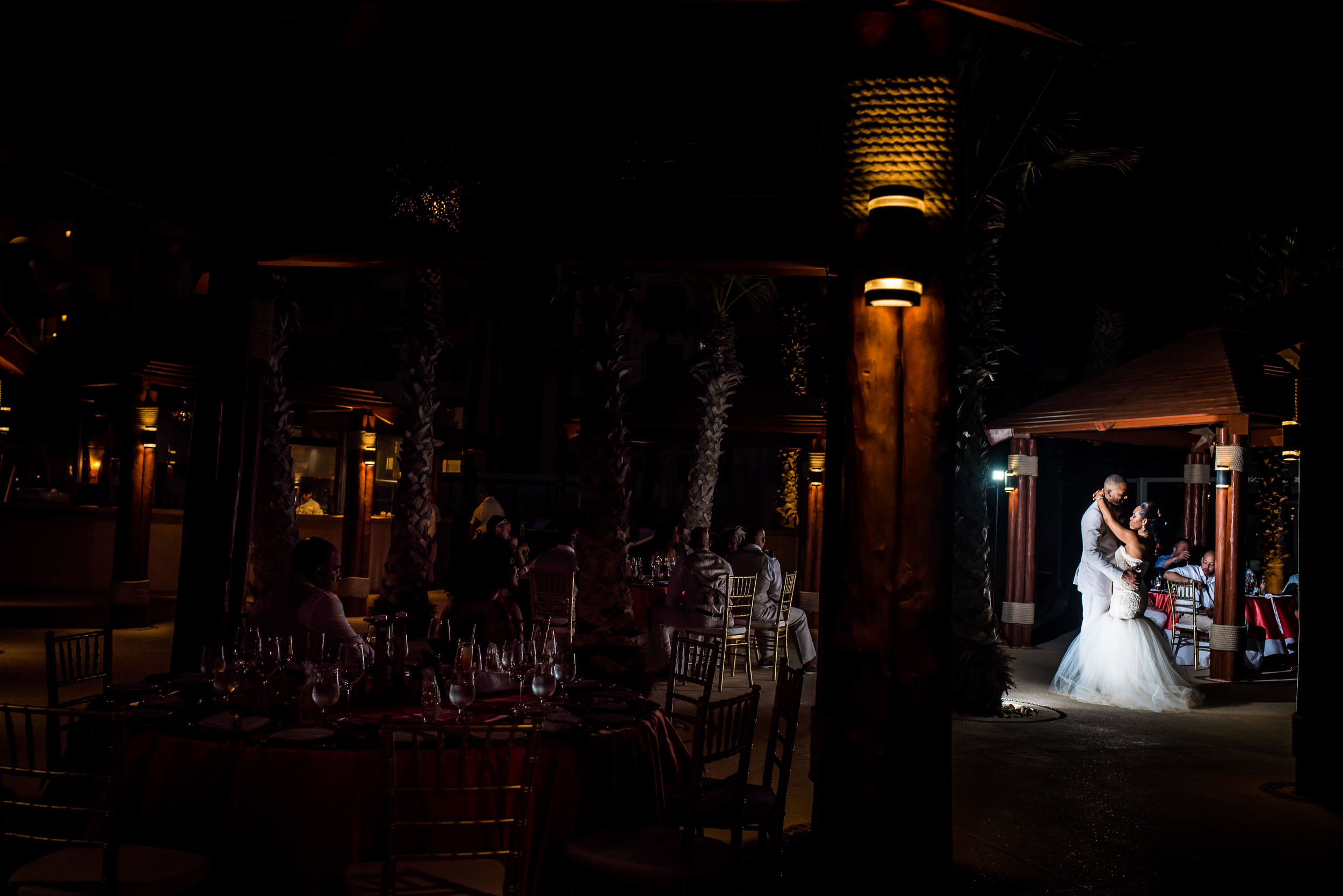 first-dance-cabo-wedding