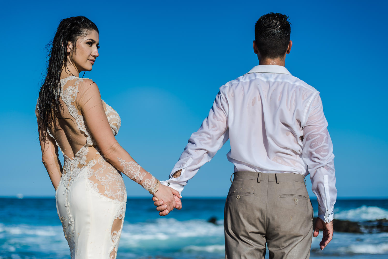 Trash the dress in Los Cabos