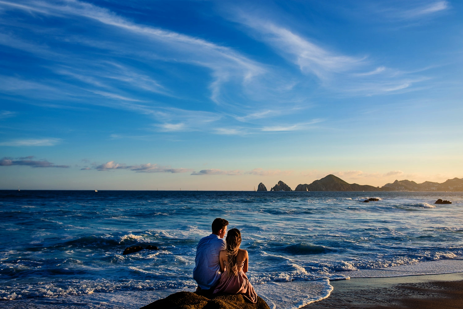 Professional engagement and wedding photography in Cabo by GVphotographer