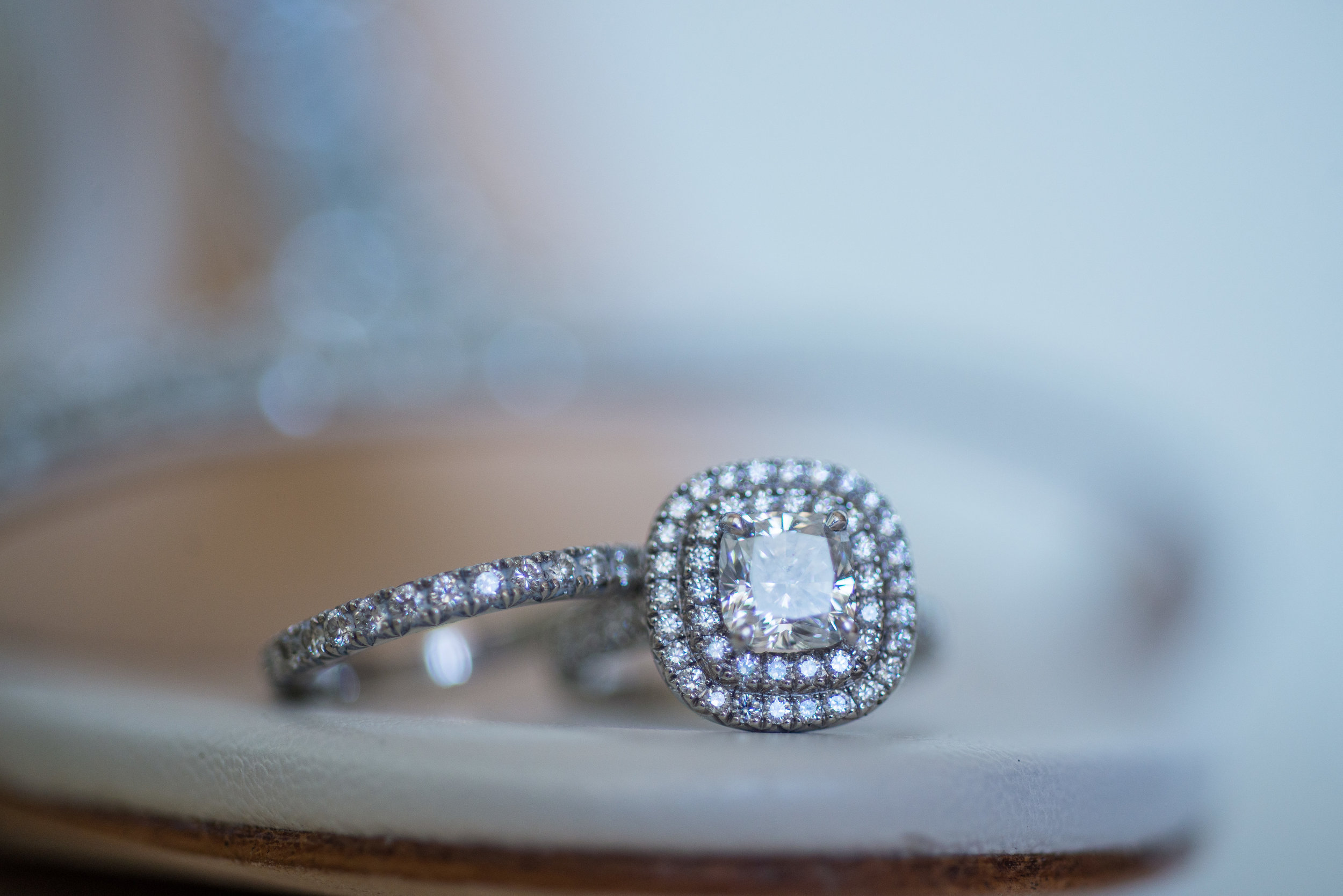 Wedding ring detail captured from profesional wedding photographer Gvphotographer