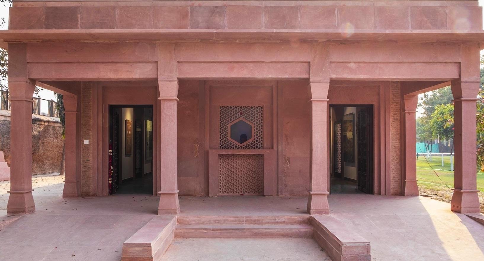 Itimad Ud Daulah - Agra