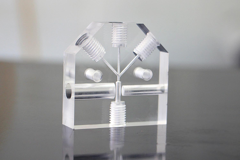 multi port acrylic manifold