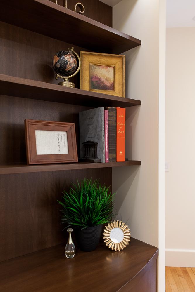 MasterBedroom10-GrayscaleDesign.jpg