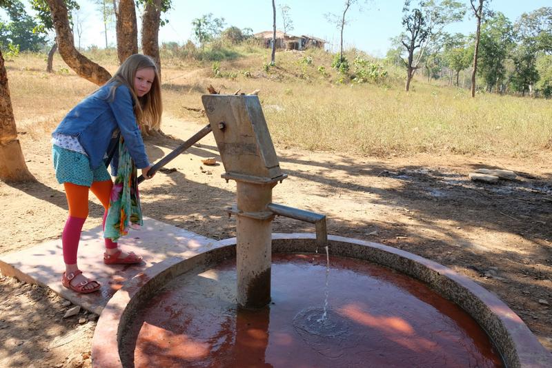 Amelia tries pumping water
