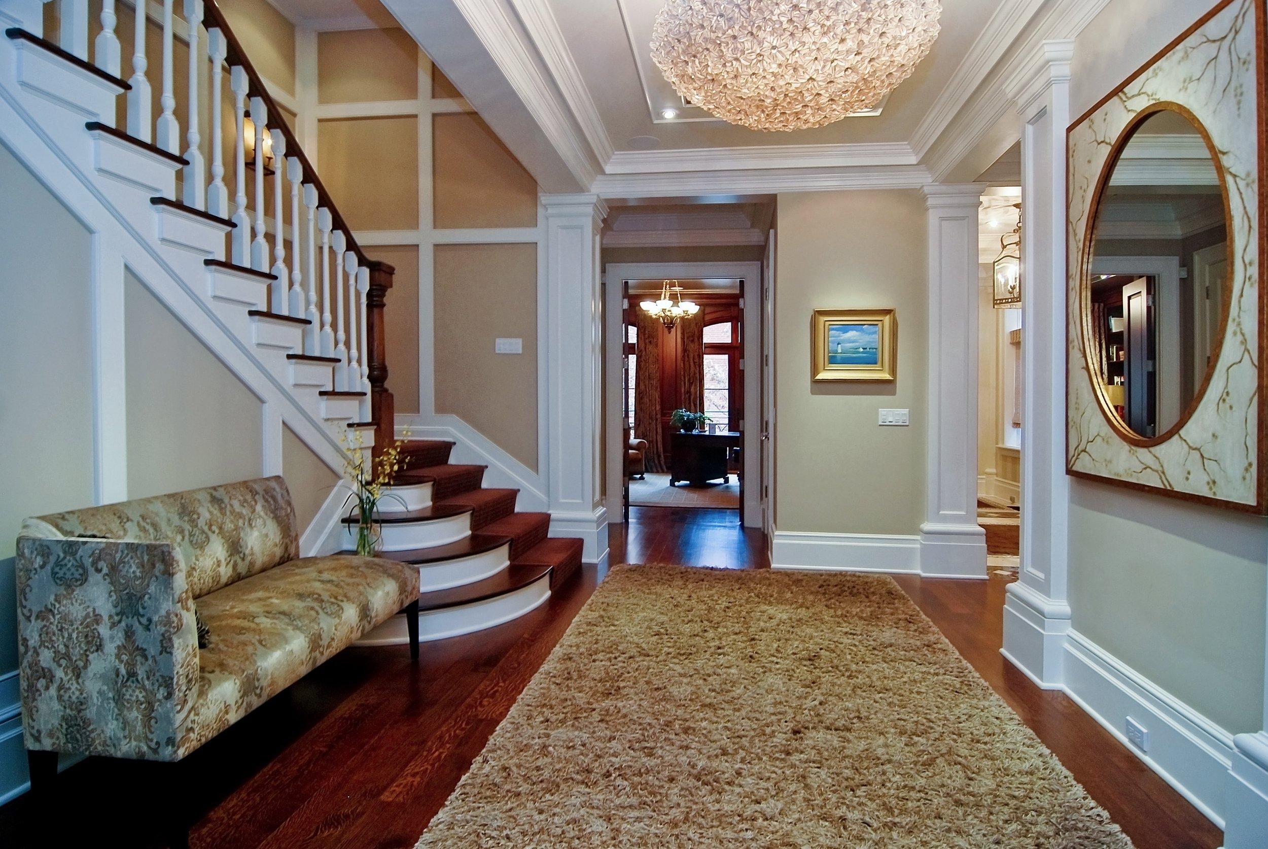 01 Foyer.jpg