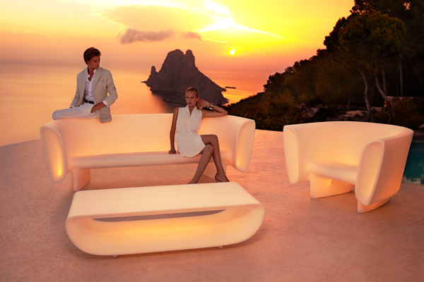 exclusive-furniture-outdoor-design-sofa-bumbum-eugeniquillet-vondom1.jpg