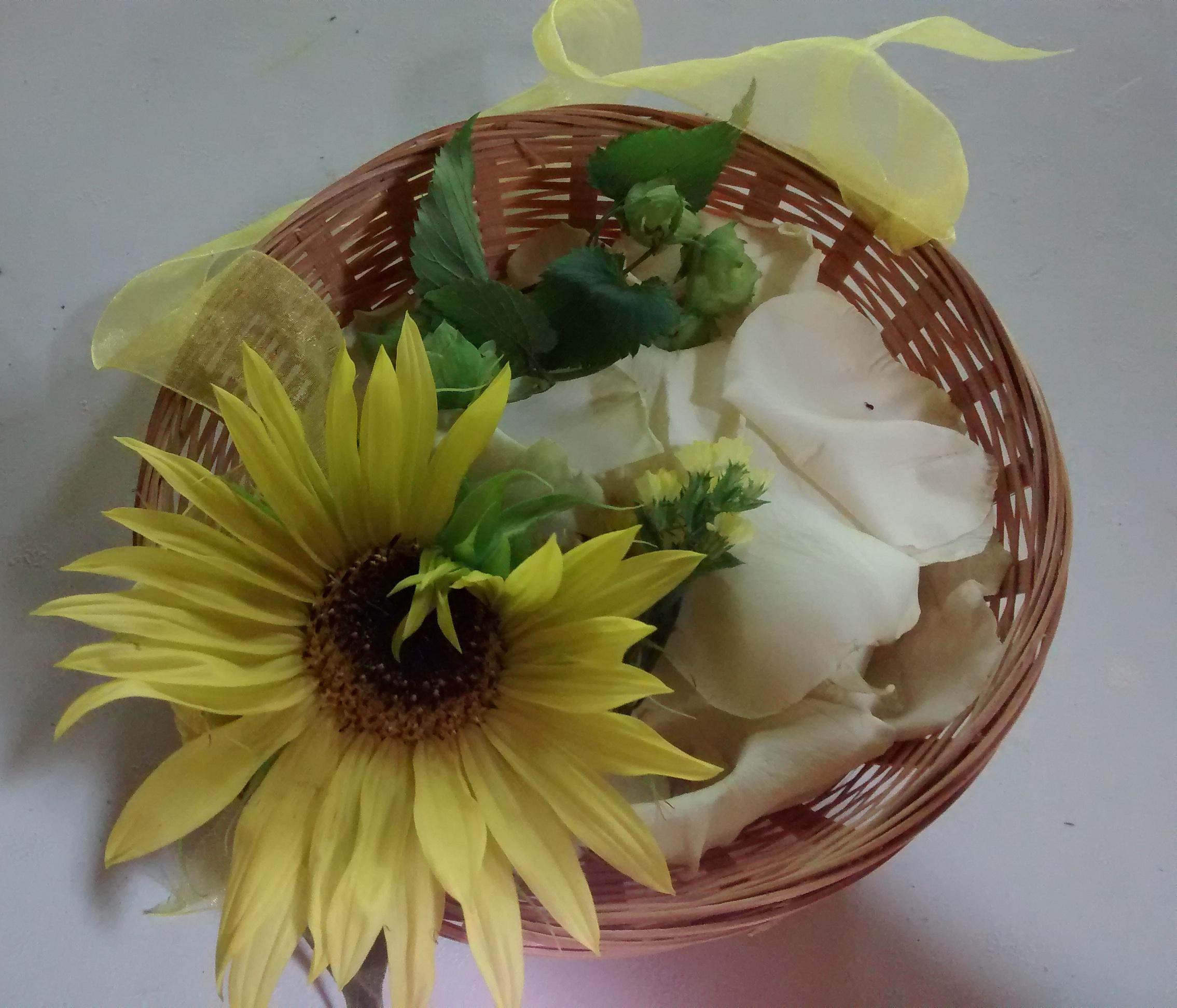 Flower girl basket - hops, rose petals, sunflower