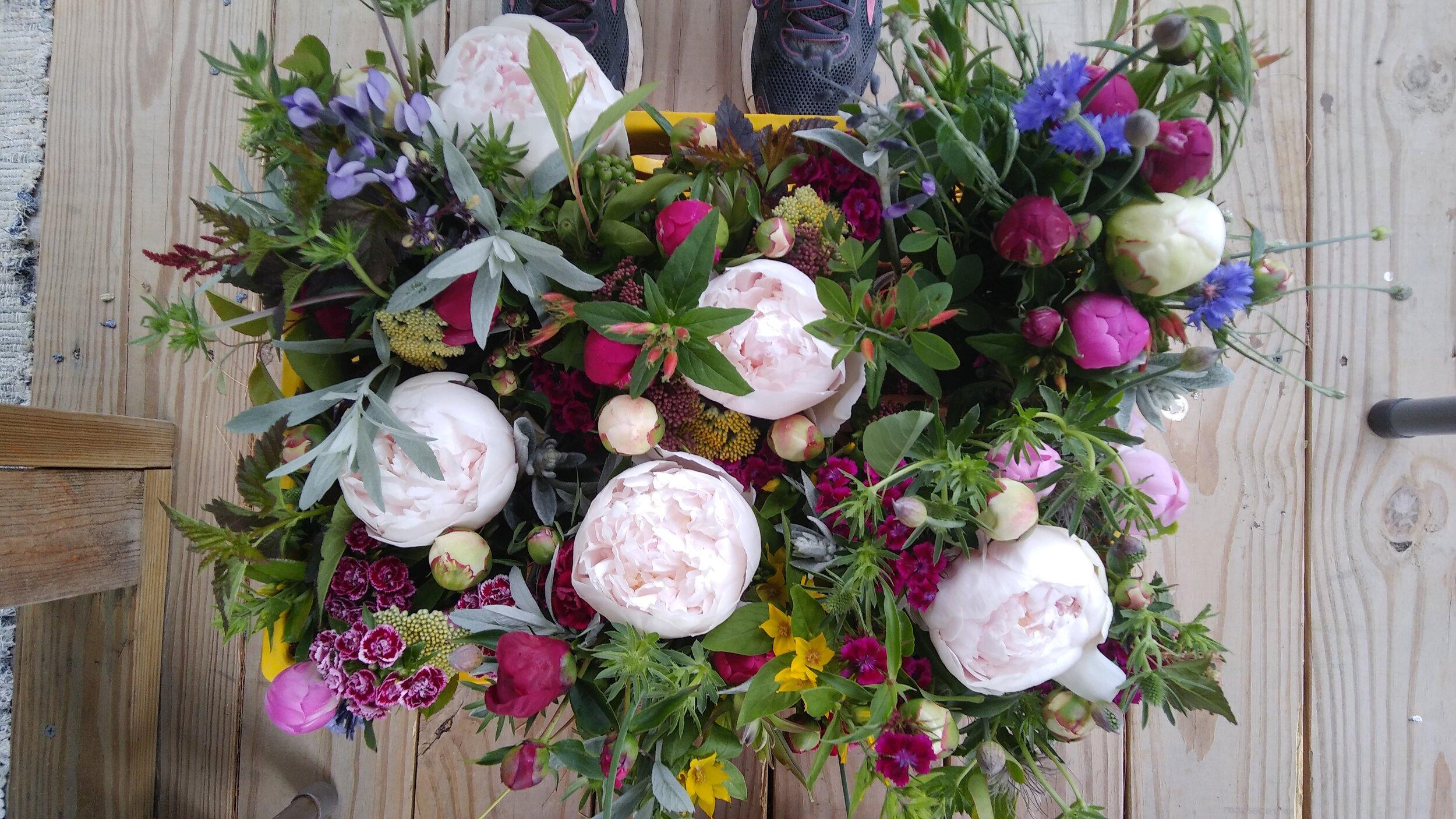 peony bouquet prep for night market.jpg