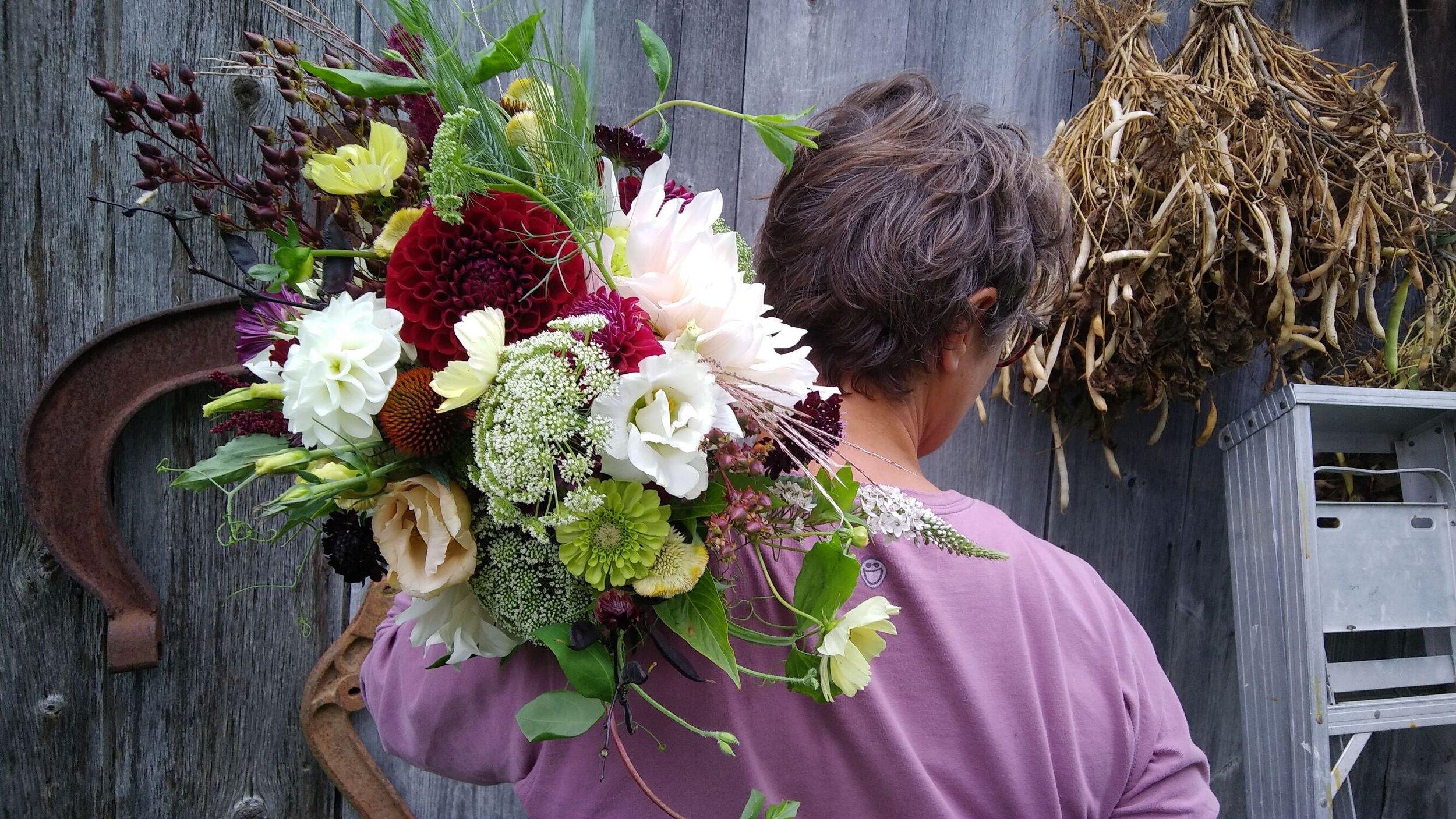 Leah Briday Bouquet 9 - 14 - 19.jpg