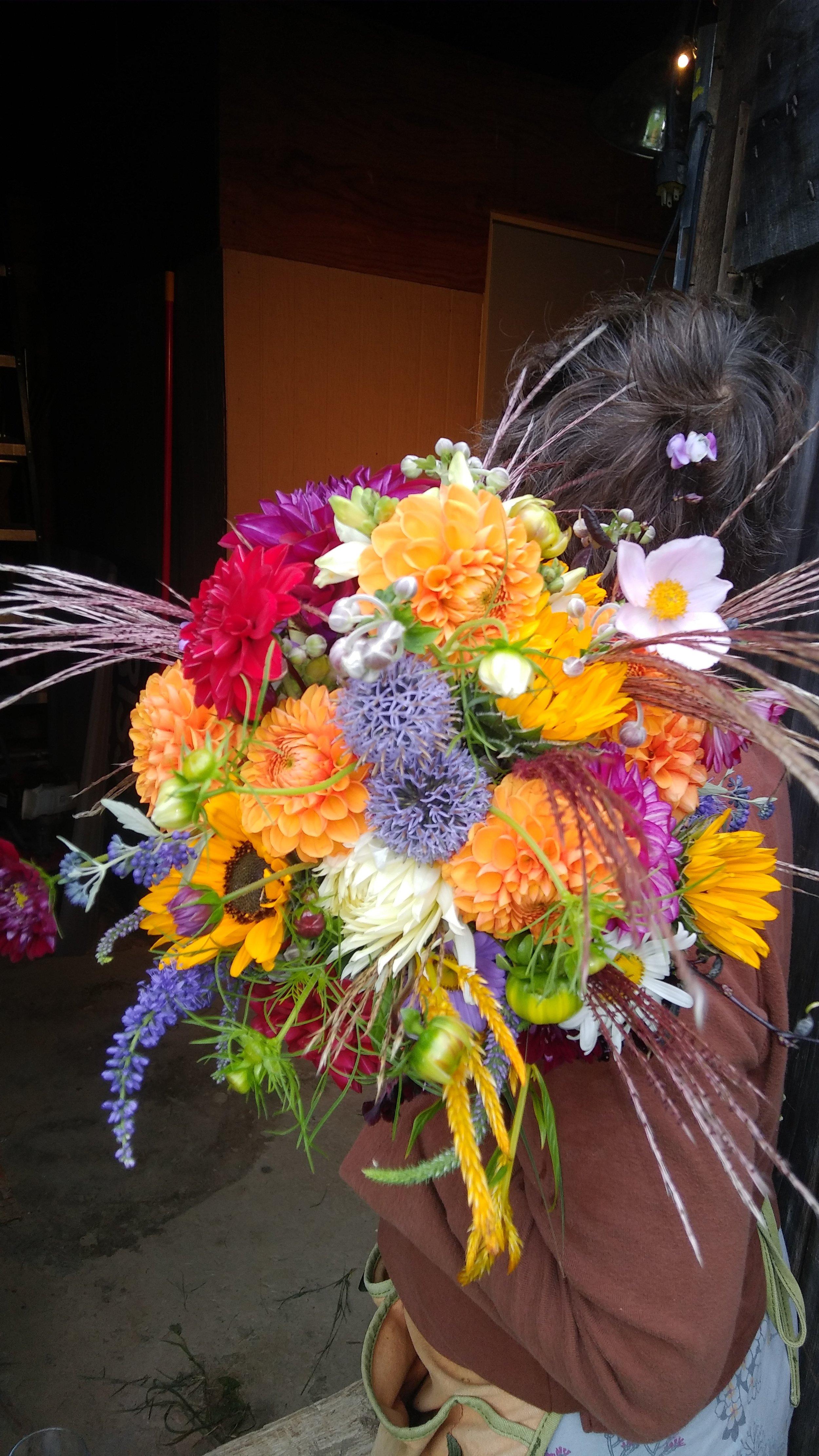 leslie bridal bouquet 9 - 7 - 19.jpg