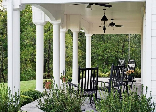 bed-and-breakfast-on-tiffany-hill-porch.JPG