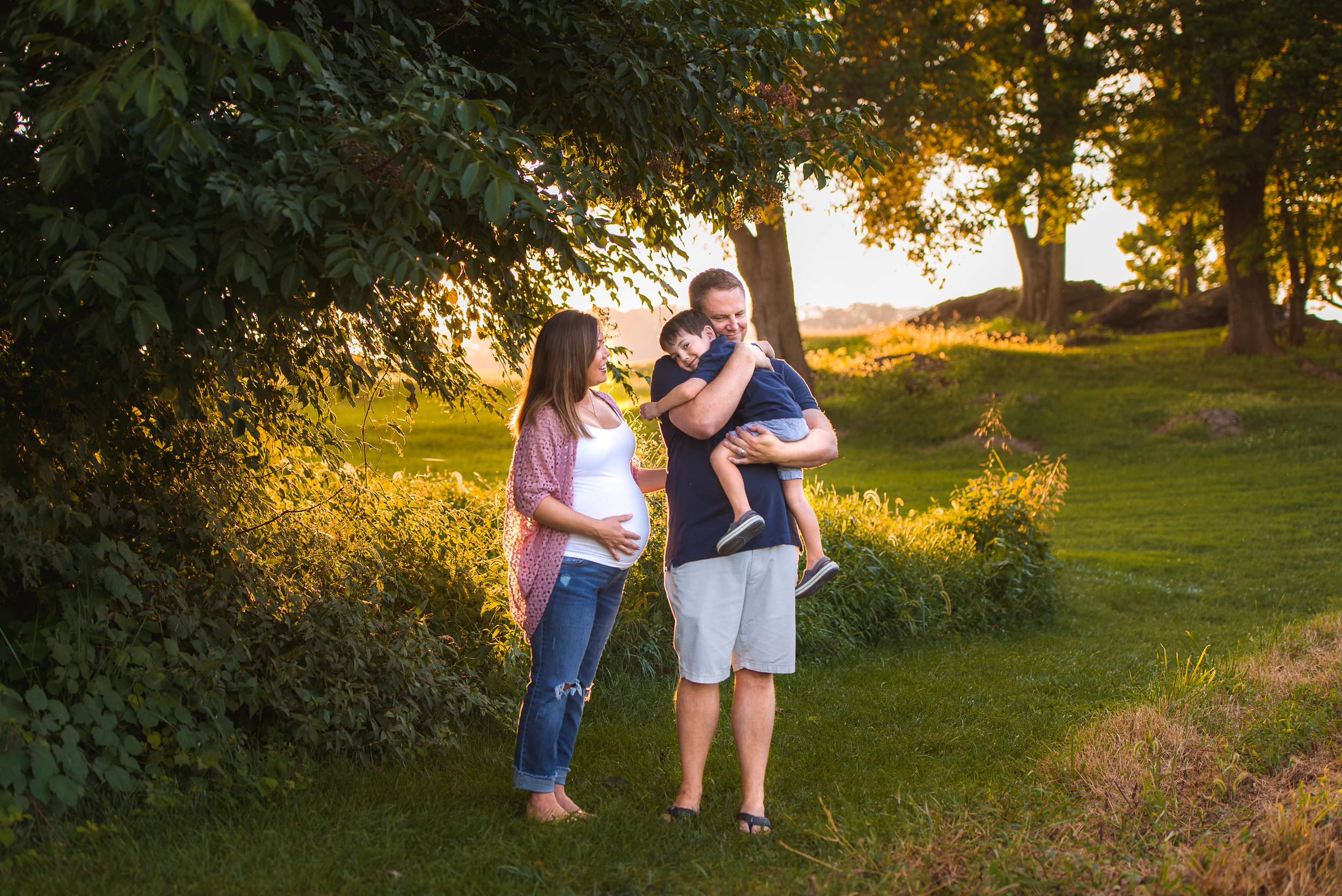 Want to know more about newborn and maternity sessions with Kristin? -