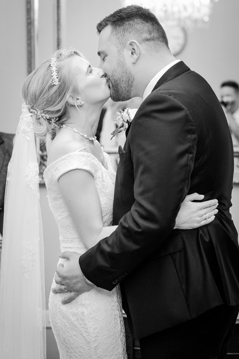 bride-groom-first-kiss-West-Bridgford-Nottingham