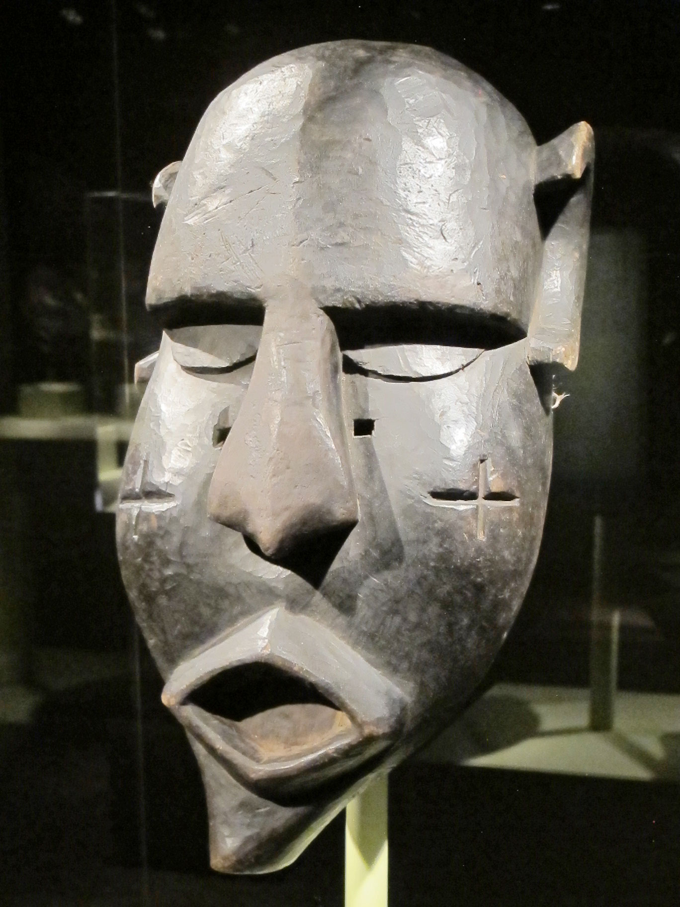 Gongoli  mask by Mende artist, Sierra Leone, of wood, mid-to-late 20th century.