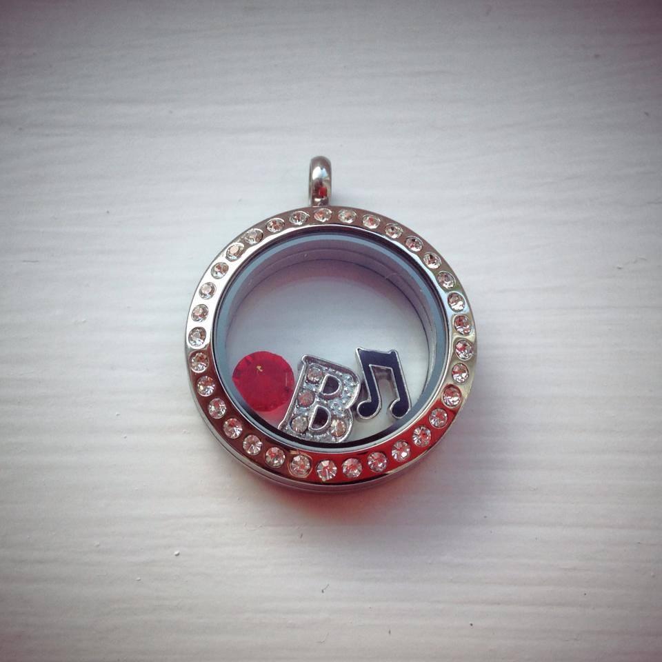 silver music locket.jpg