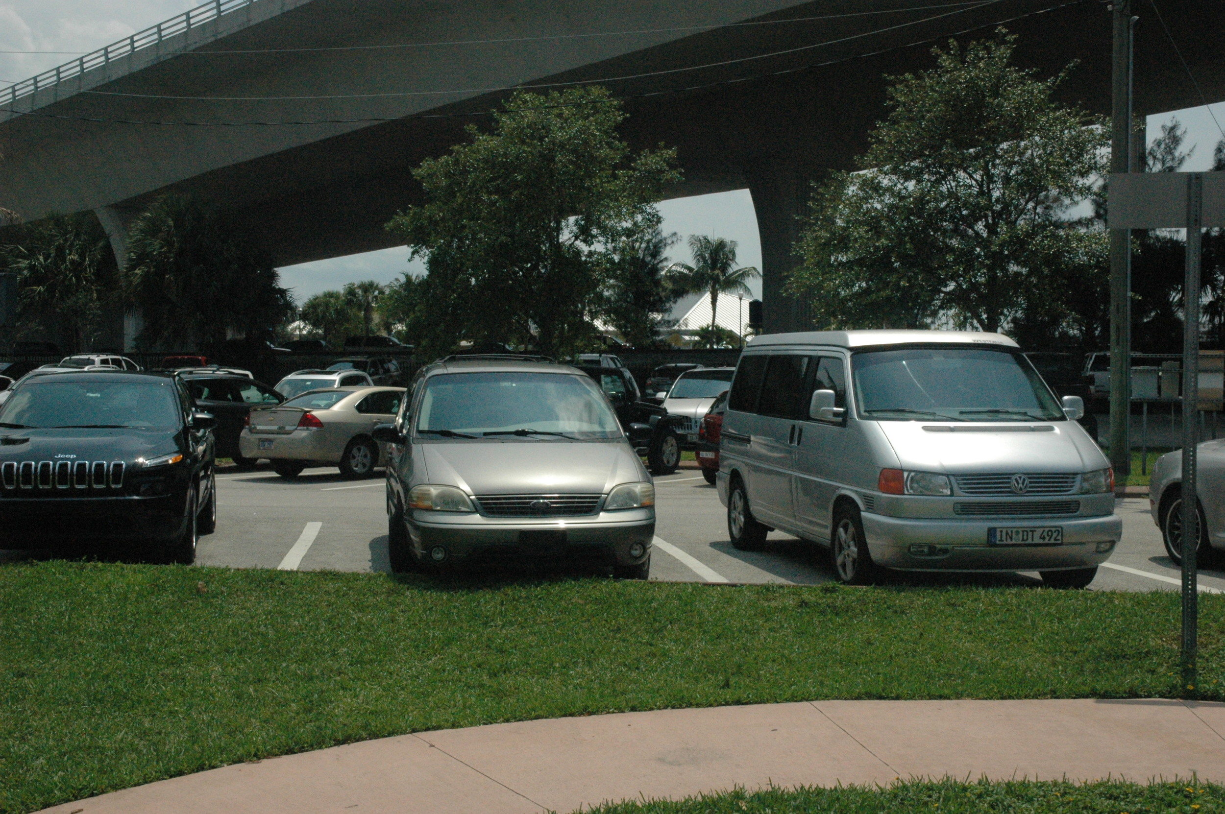 Above: Generously wide parking spaces. Stuart, Florida.