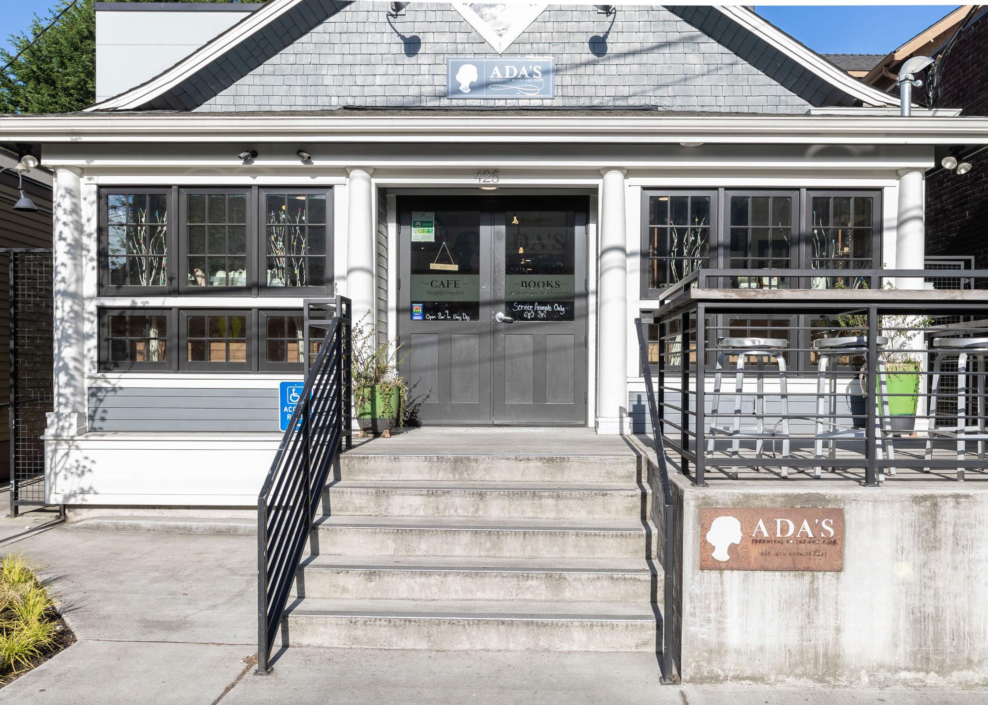 Ada's Books & Cafe