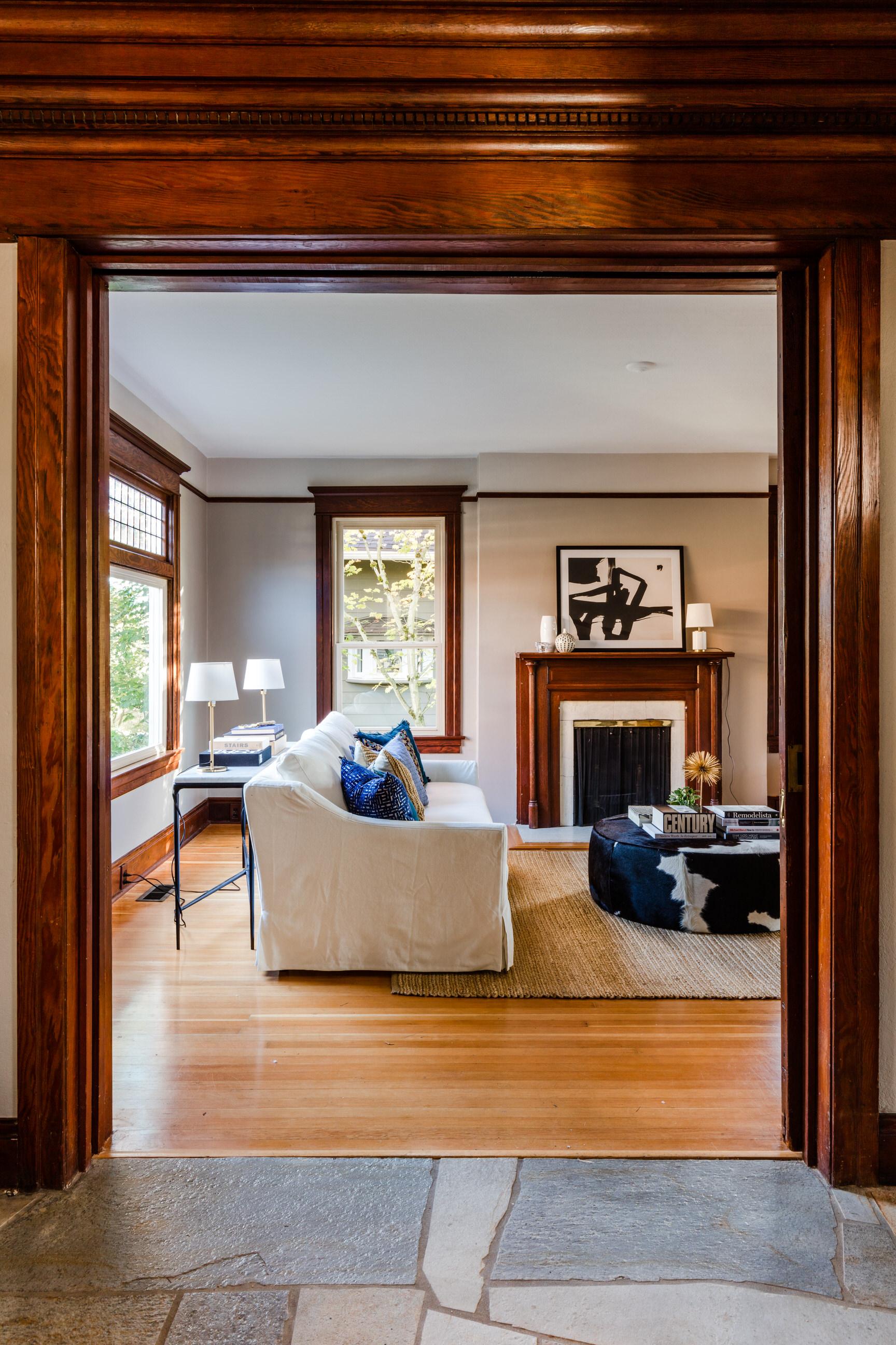 0018-Miranda-Estes-Architectural-Photography-Anne-W-Nelson-33rd Ave-20181011.jpg