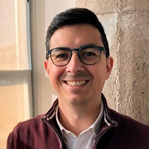 David Garcia |    Bio   Senior Consultant, Communication & Collaboration