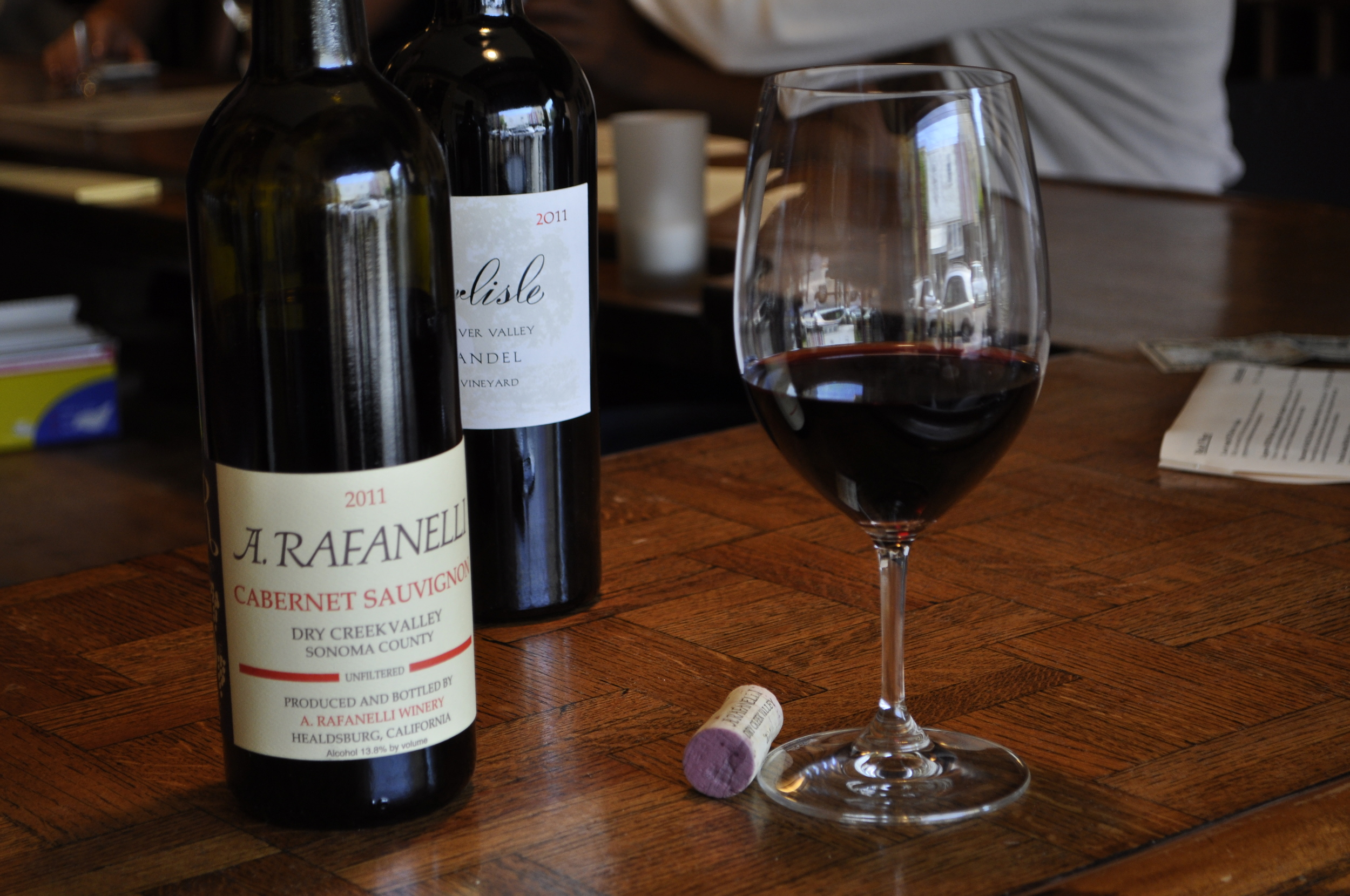 Enjoy the benefits of our Wine Club membership.