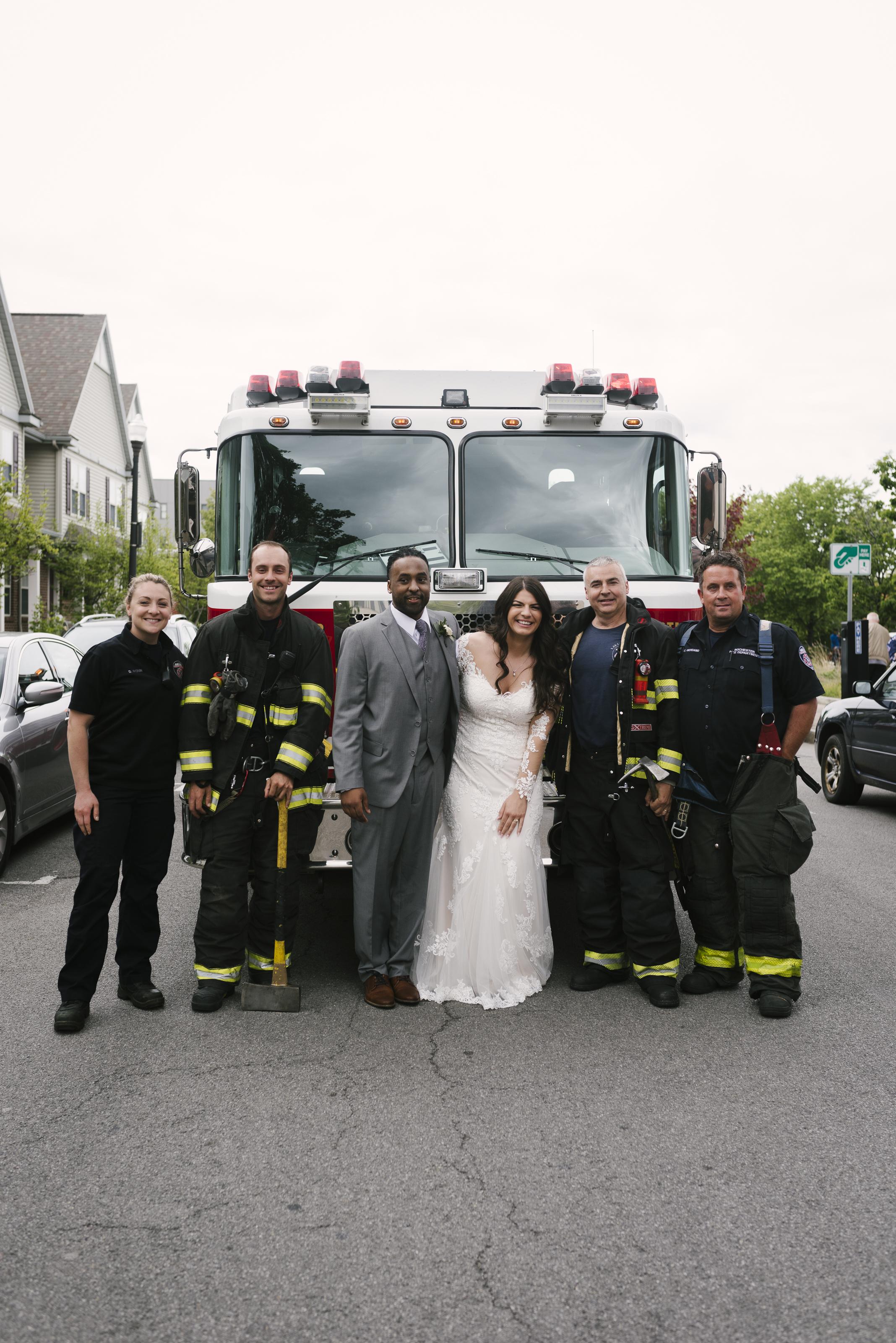 rochester-wedding-photographer-arbor-loft-50.jpg