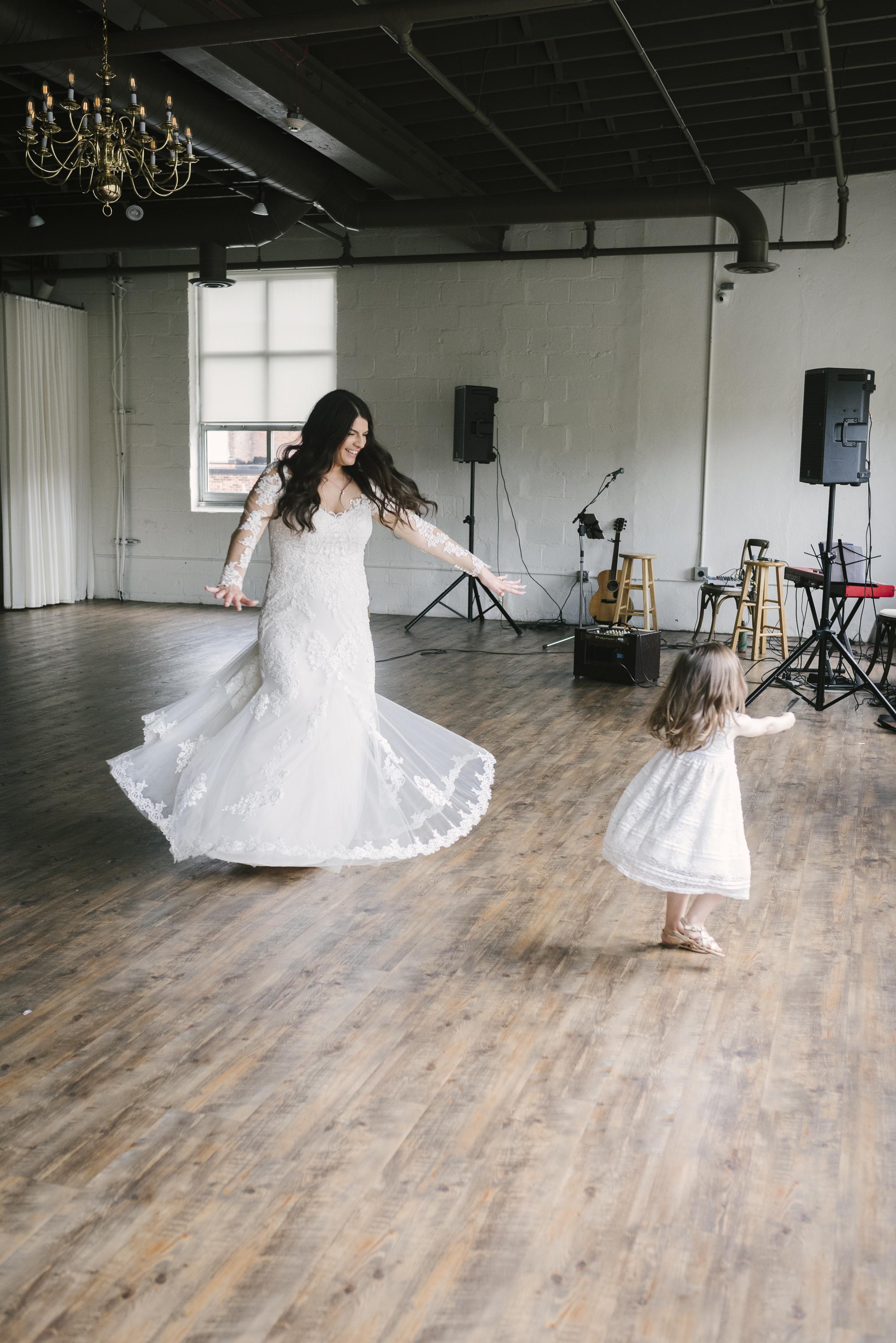 rochester-wedding-photographer-arbor-loft-54.jpg