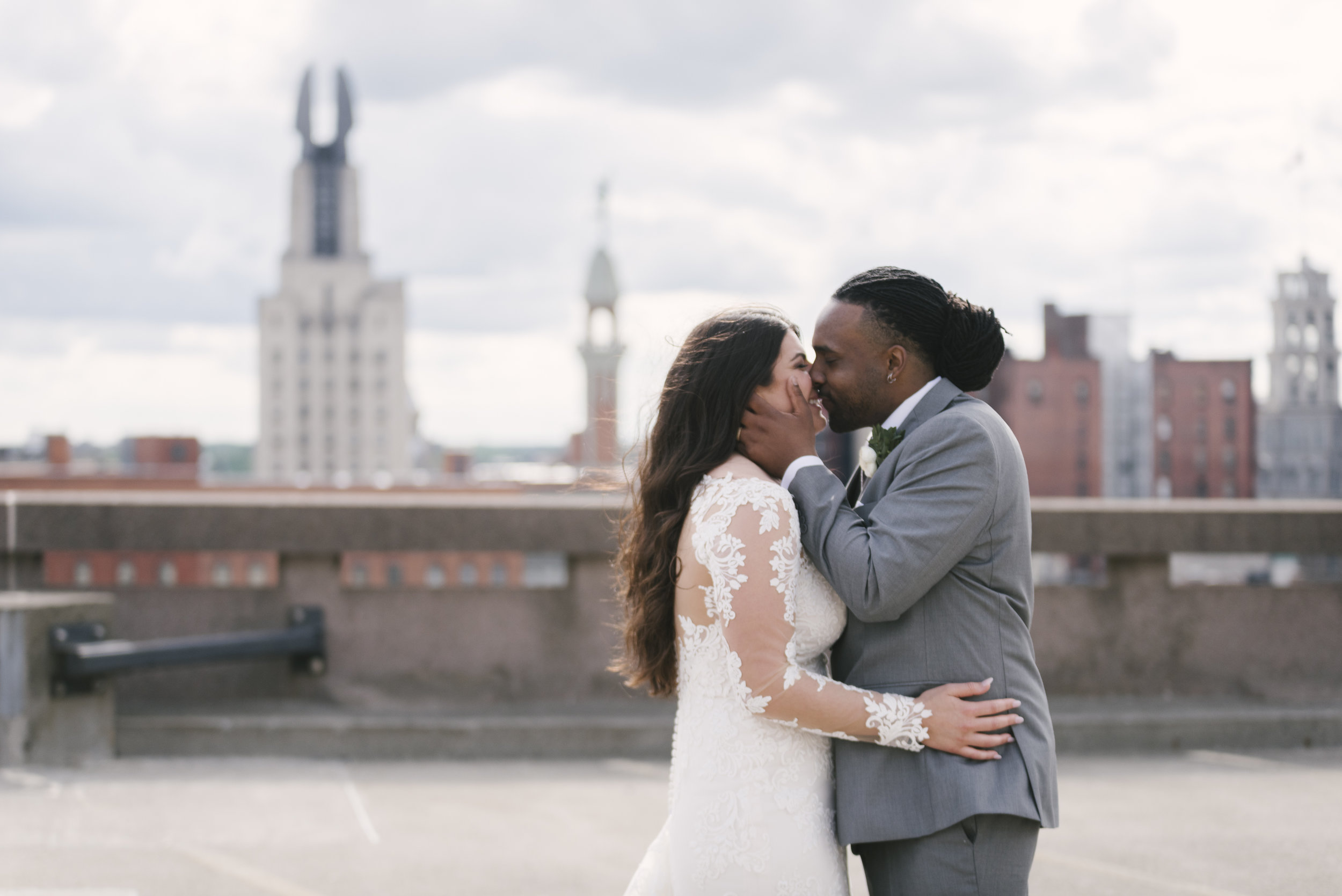 rochester-wedding-photographer-arbor-loft-58.jpg