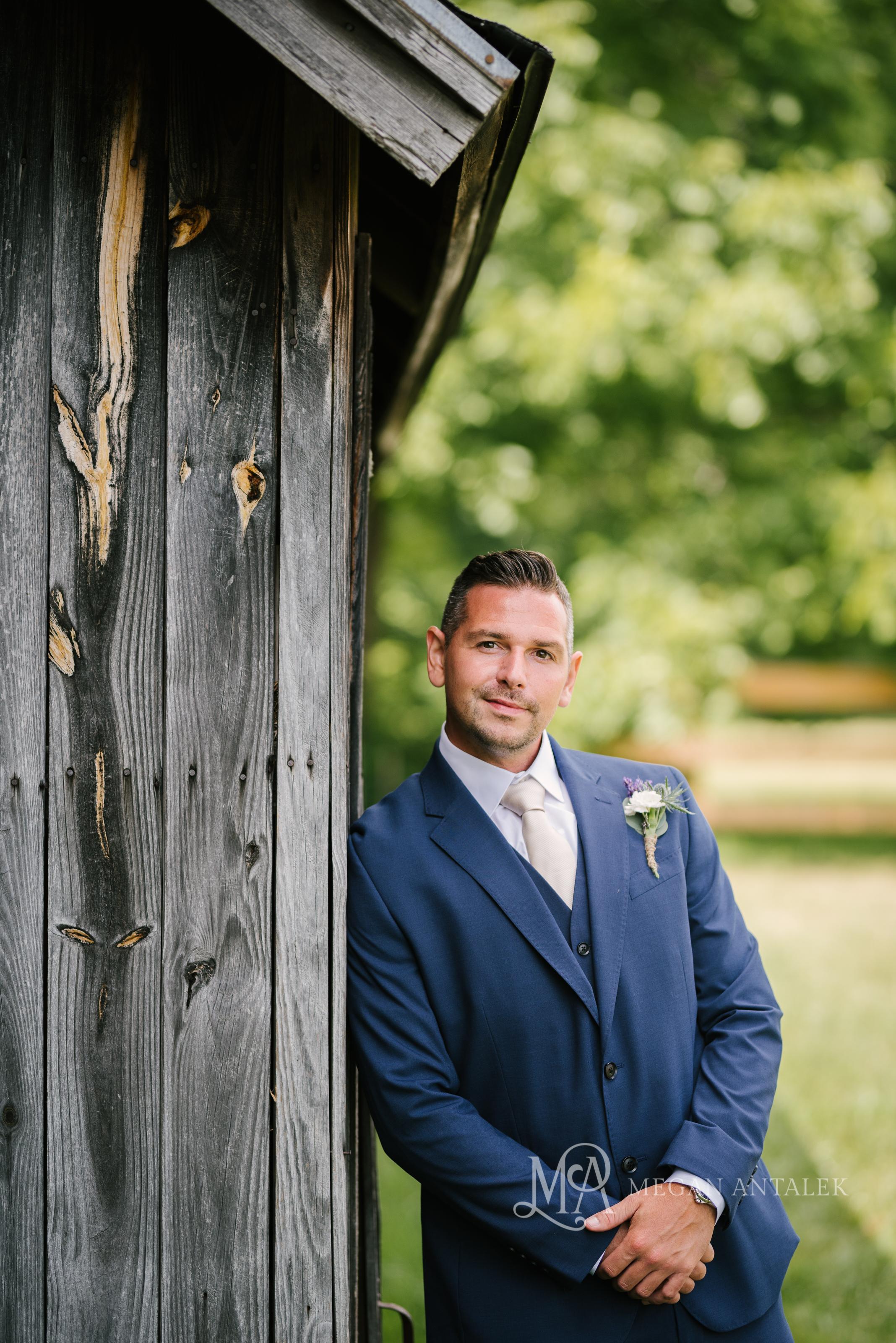 cobblestone-wedding-barn-rochester-photography-5-2.jpg