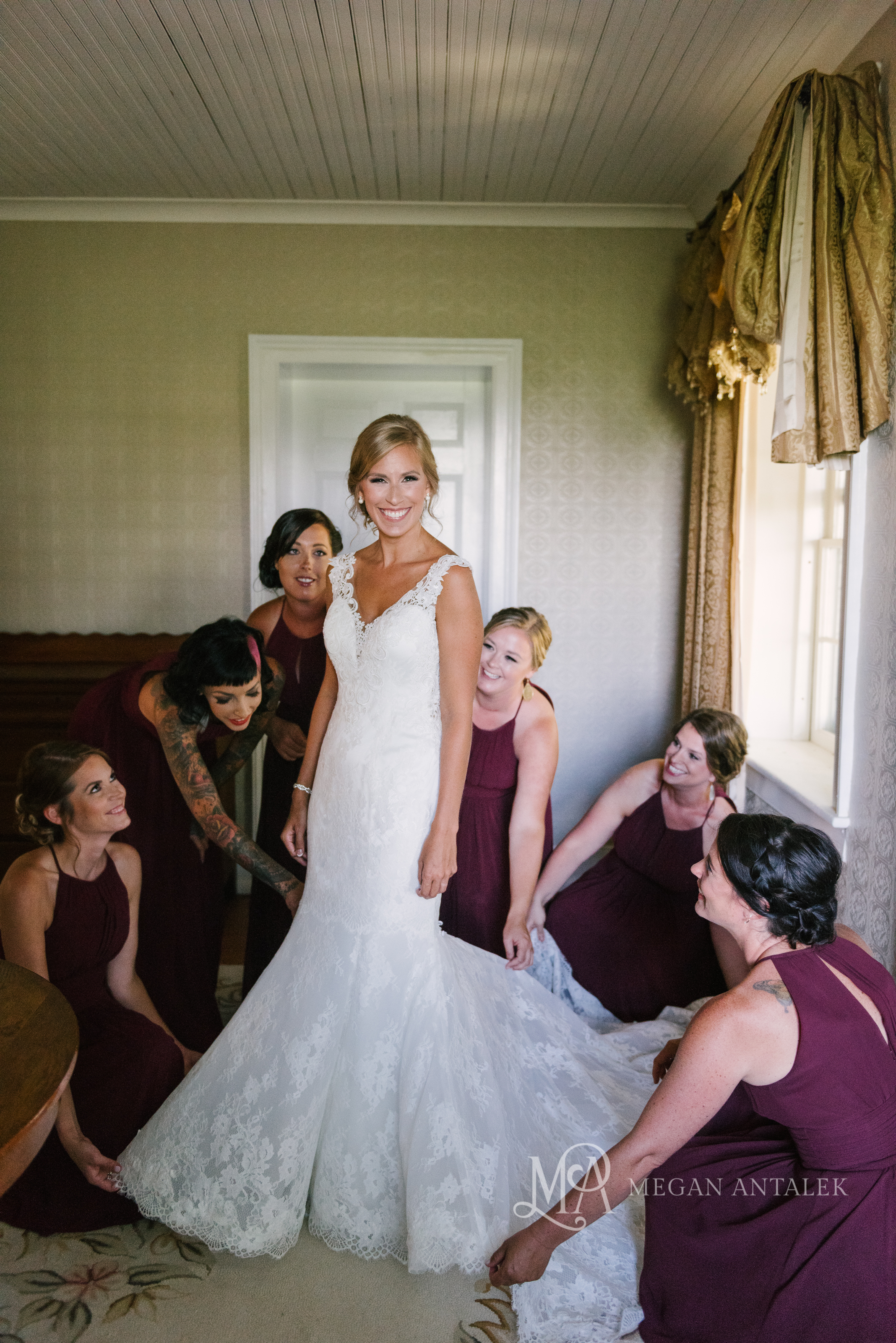 cobblestone-wedding-barn-rochester-photography-10.jpg