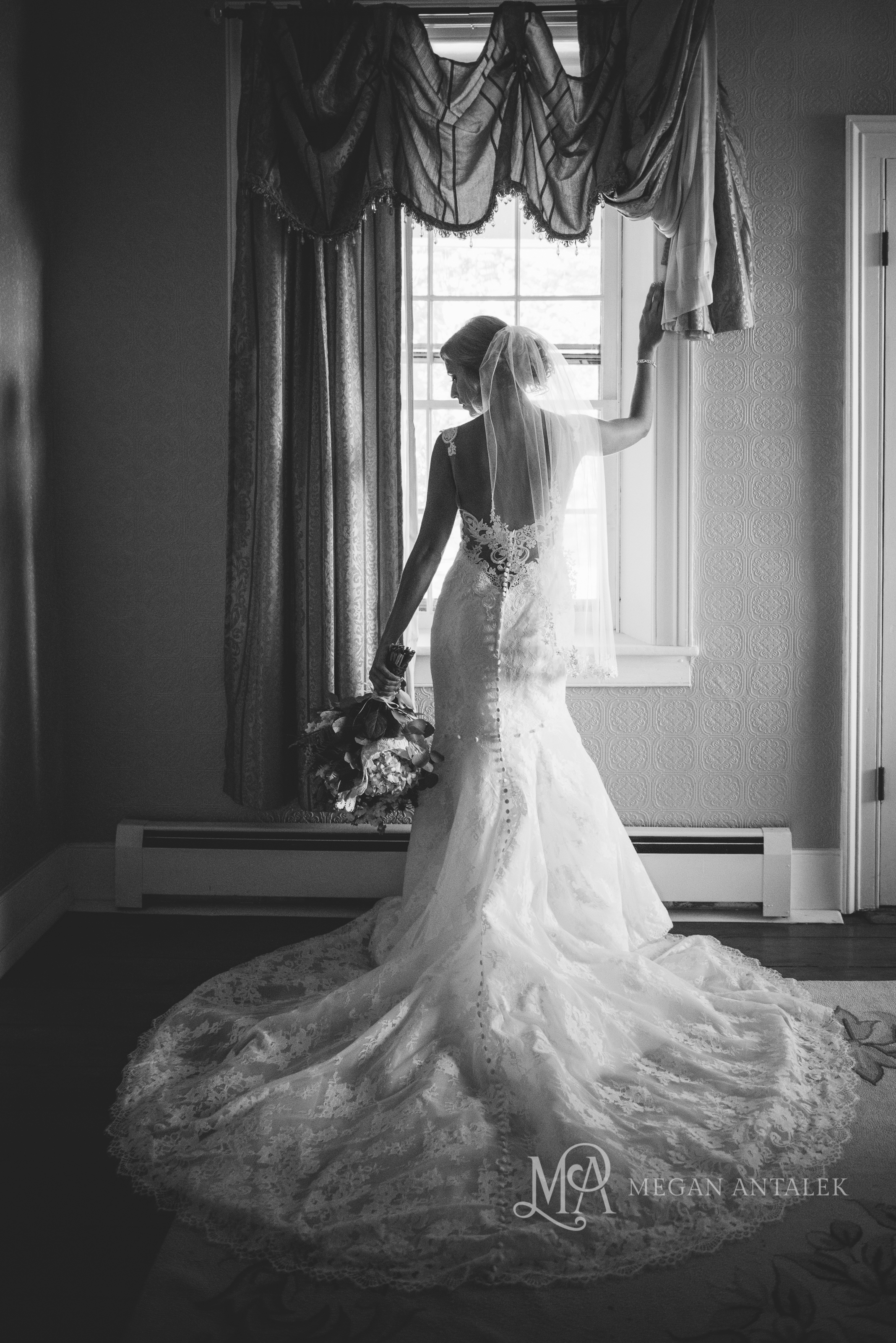 cobblestone-wedding-barn-rochester-photography-12.jpg