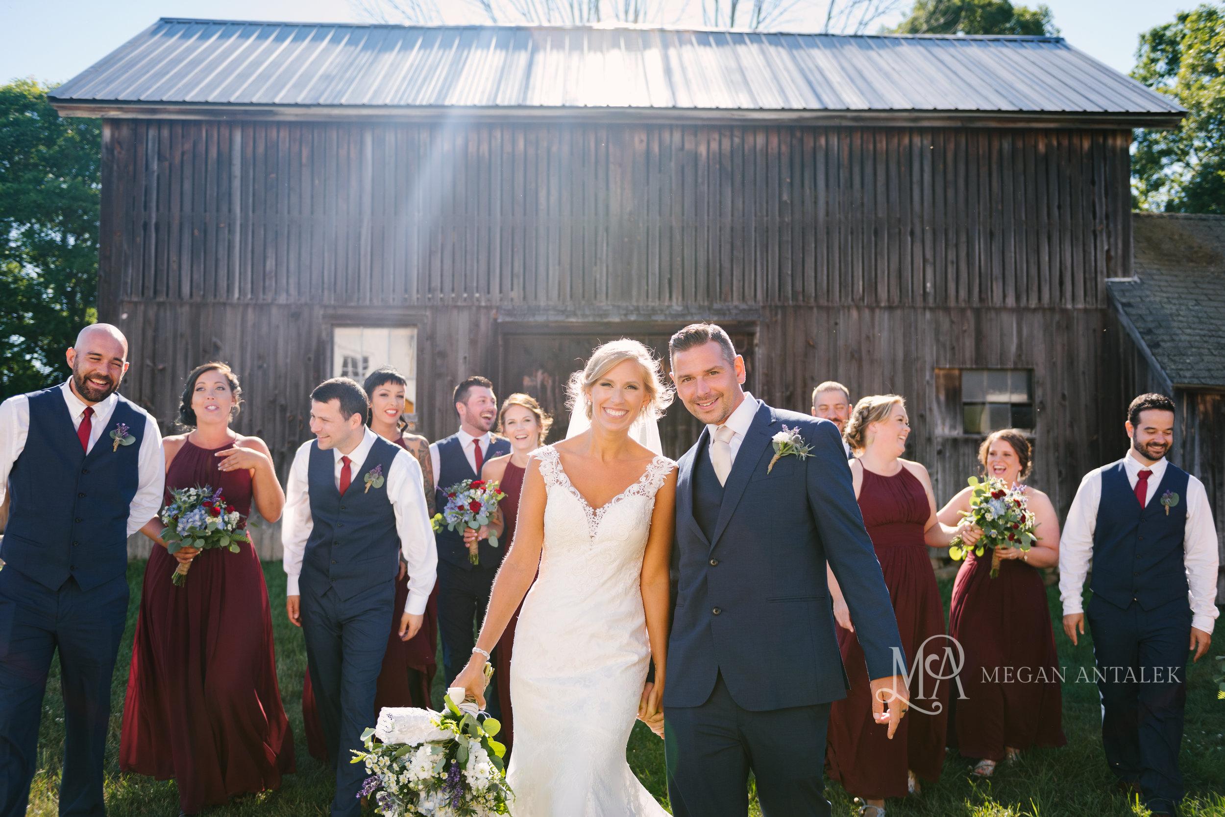 cobblestone-wedding-barn-rochester-photography-20.jpg