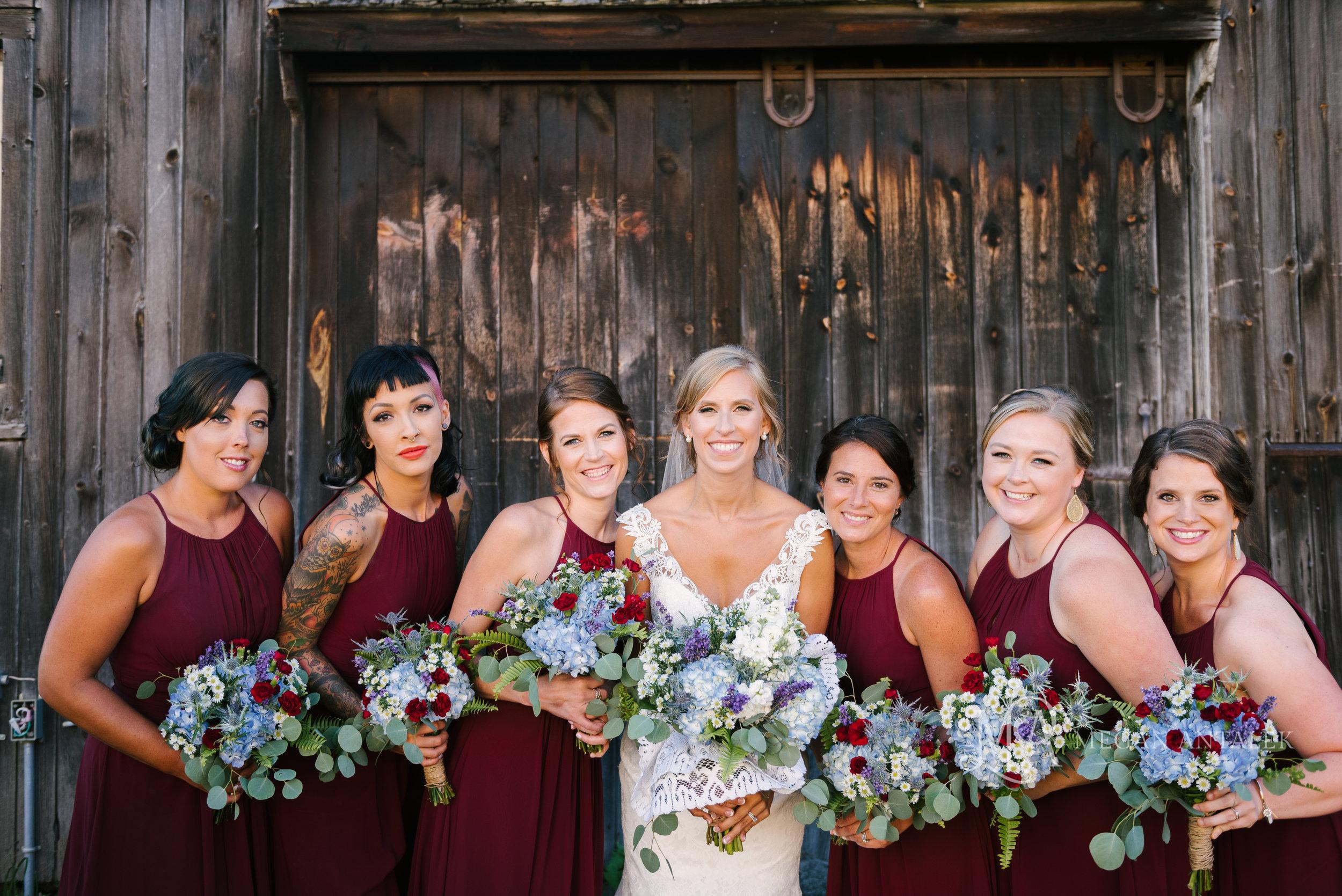 cobblestone-wedding-barn-rochester-photography-22.jpg