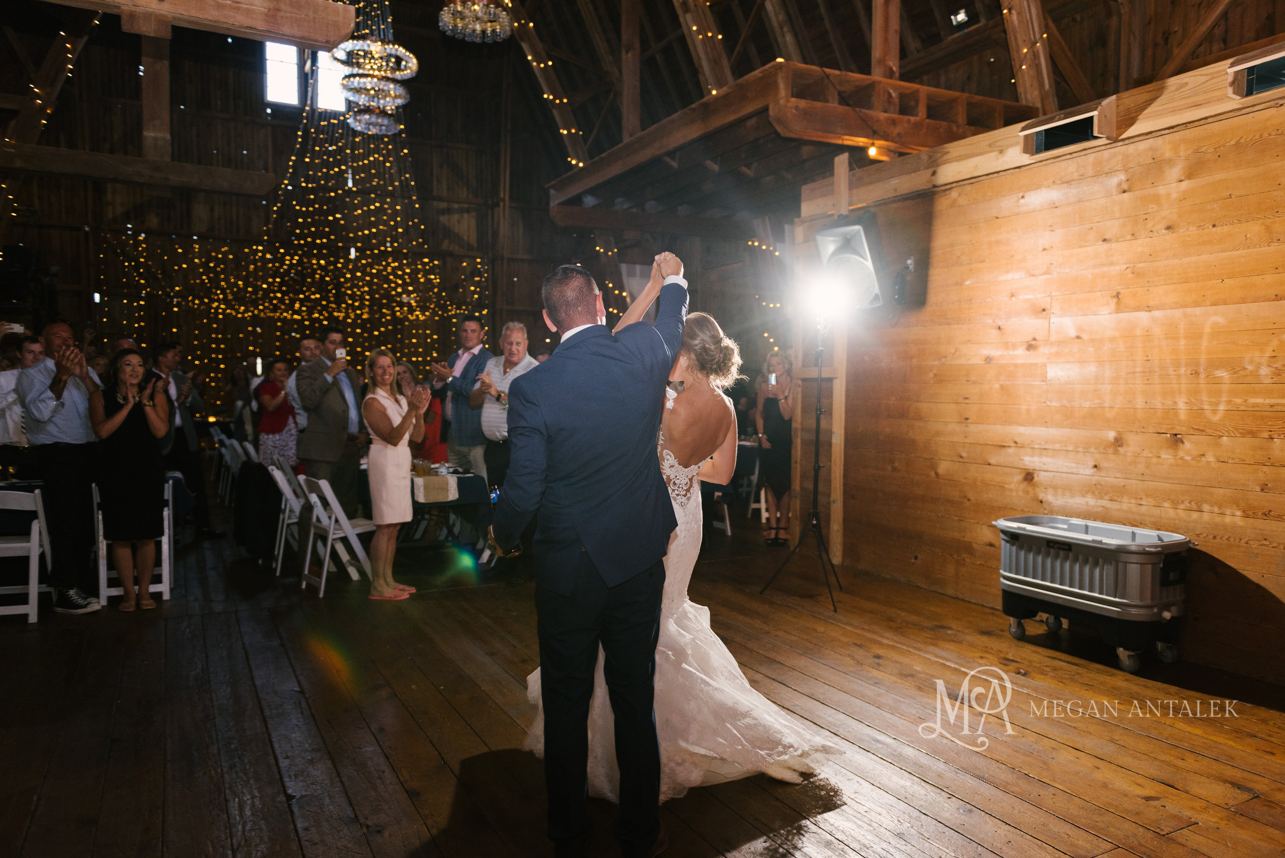 cobblestone-wedding-barn-rochester-photography-33.jpg