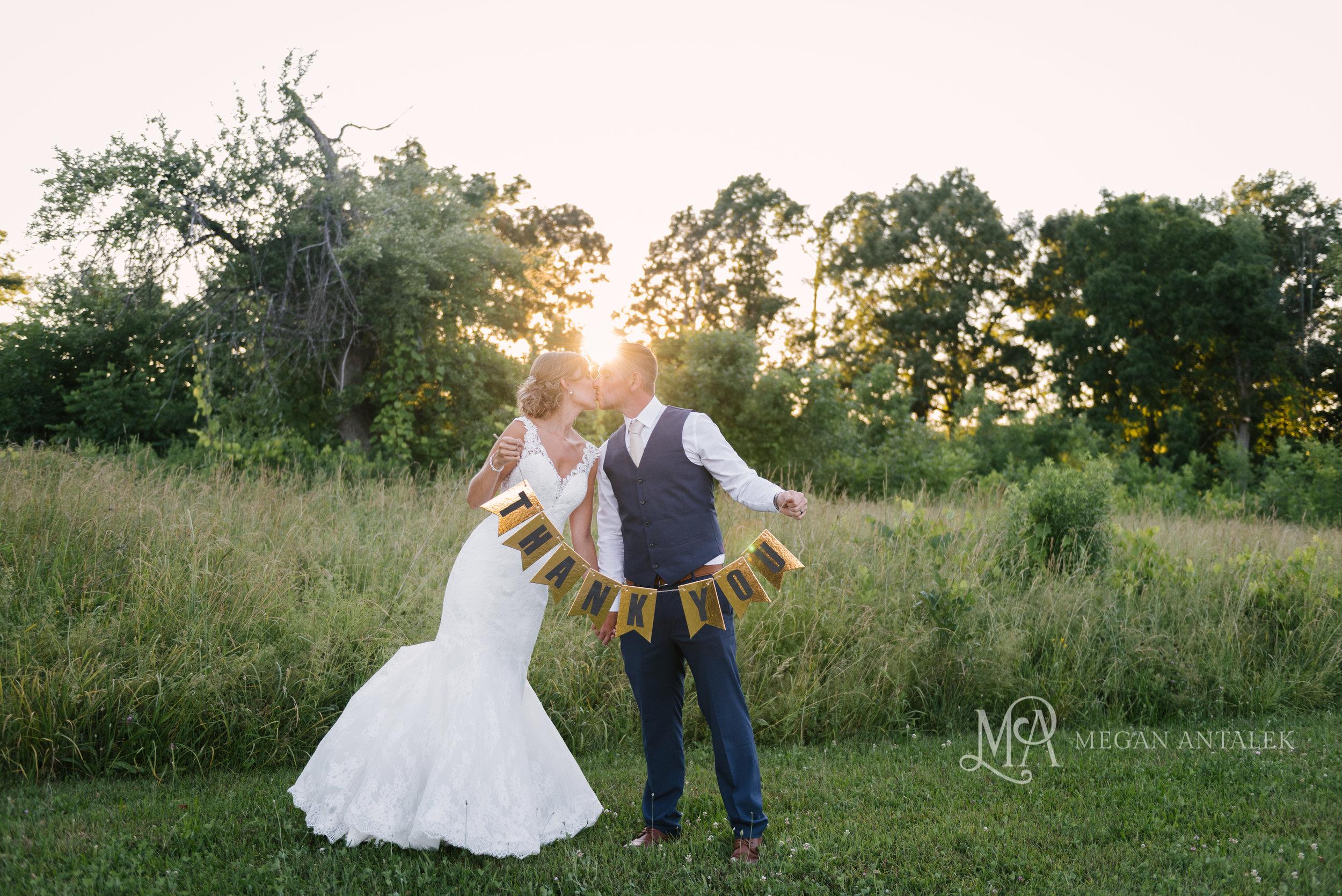 cobblestone-wedding-barn-rochester-photography-45.jpg