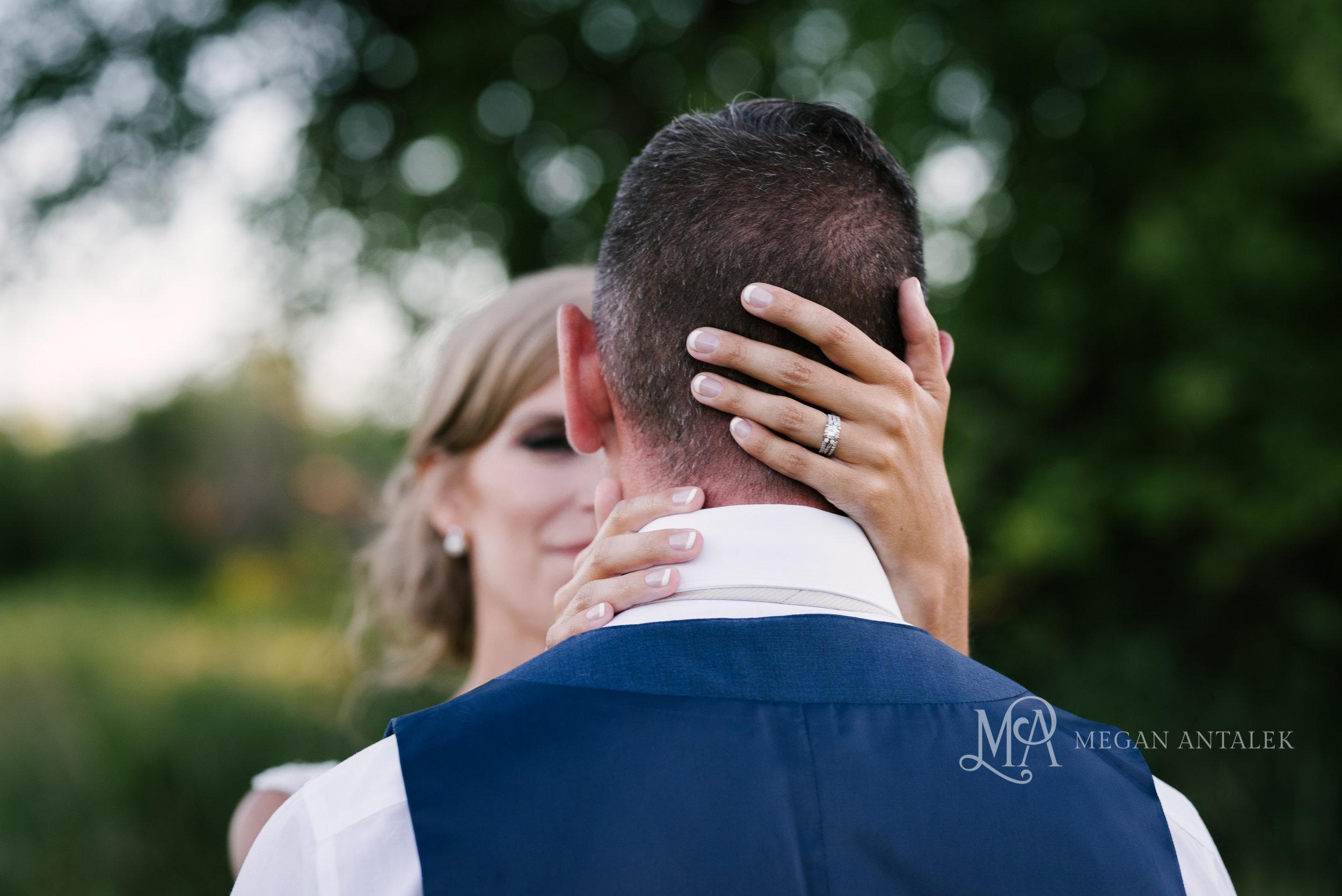 cobblestone-wedding-barn-rochester-photography-47.jpg