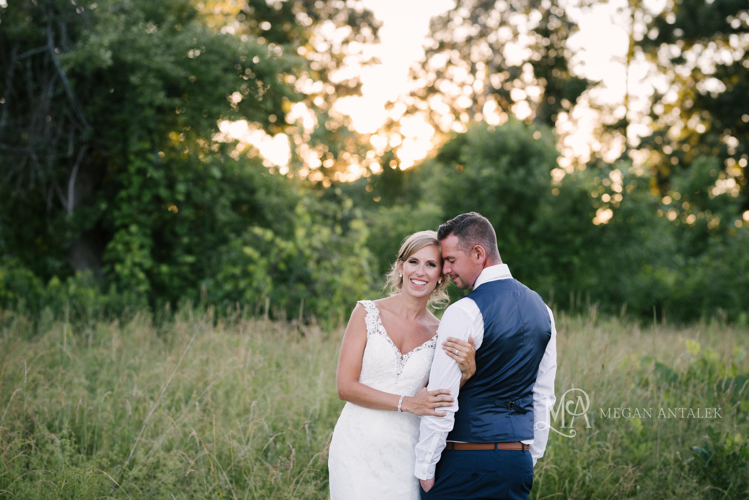 cobblestone-wedding-barn-rochester-photography-49.jpg