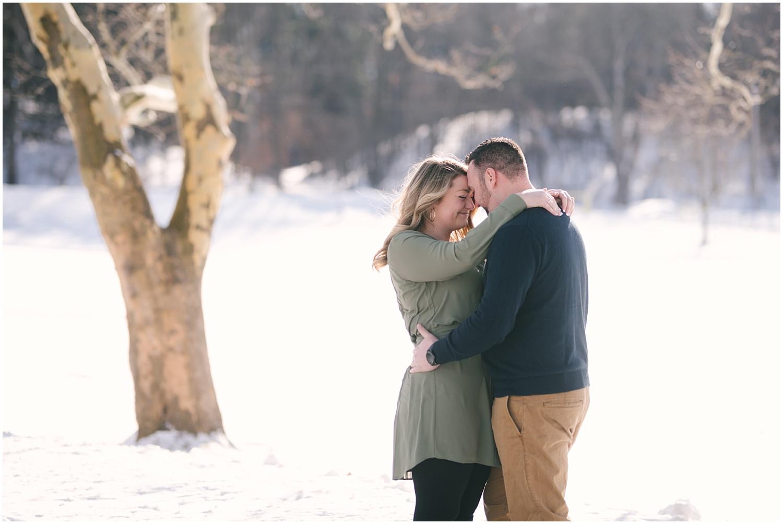 mendon-ponds-winter-engagement (3).jpg