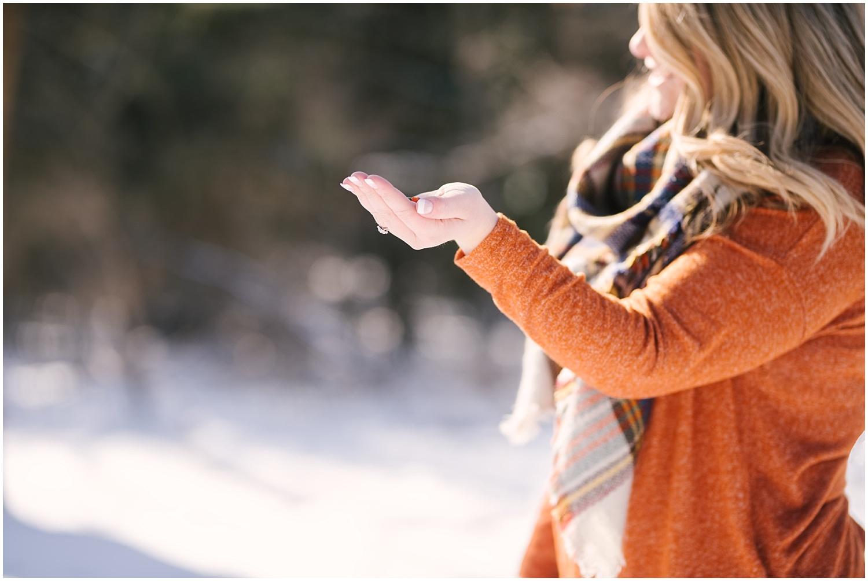 mendon-ponds-winter-engagement (19).jpg