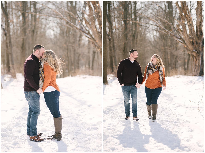 mendon-ponds-winter-engagement (26).jpg