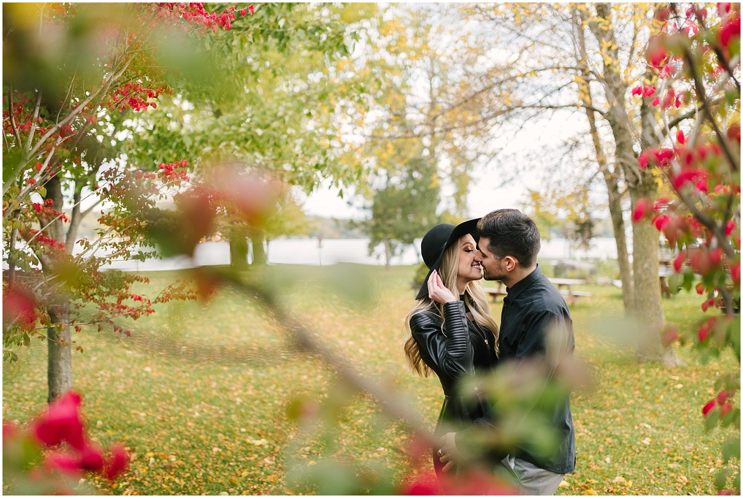 rochester-fall-engagement-session (17).jpg
