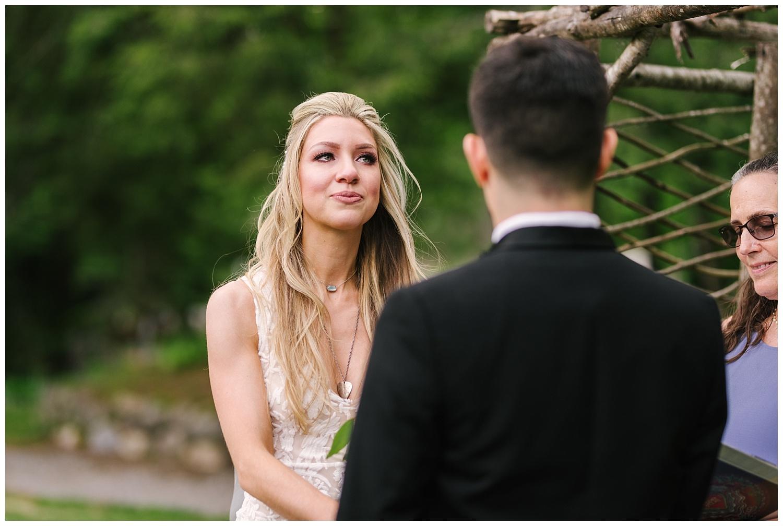 friends-lake-inn-rochester-wedding-photographer (28).jpg
